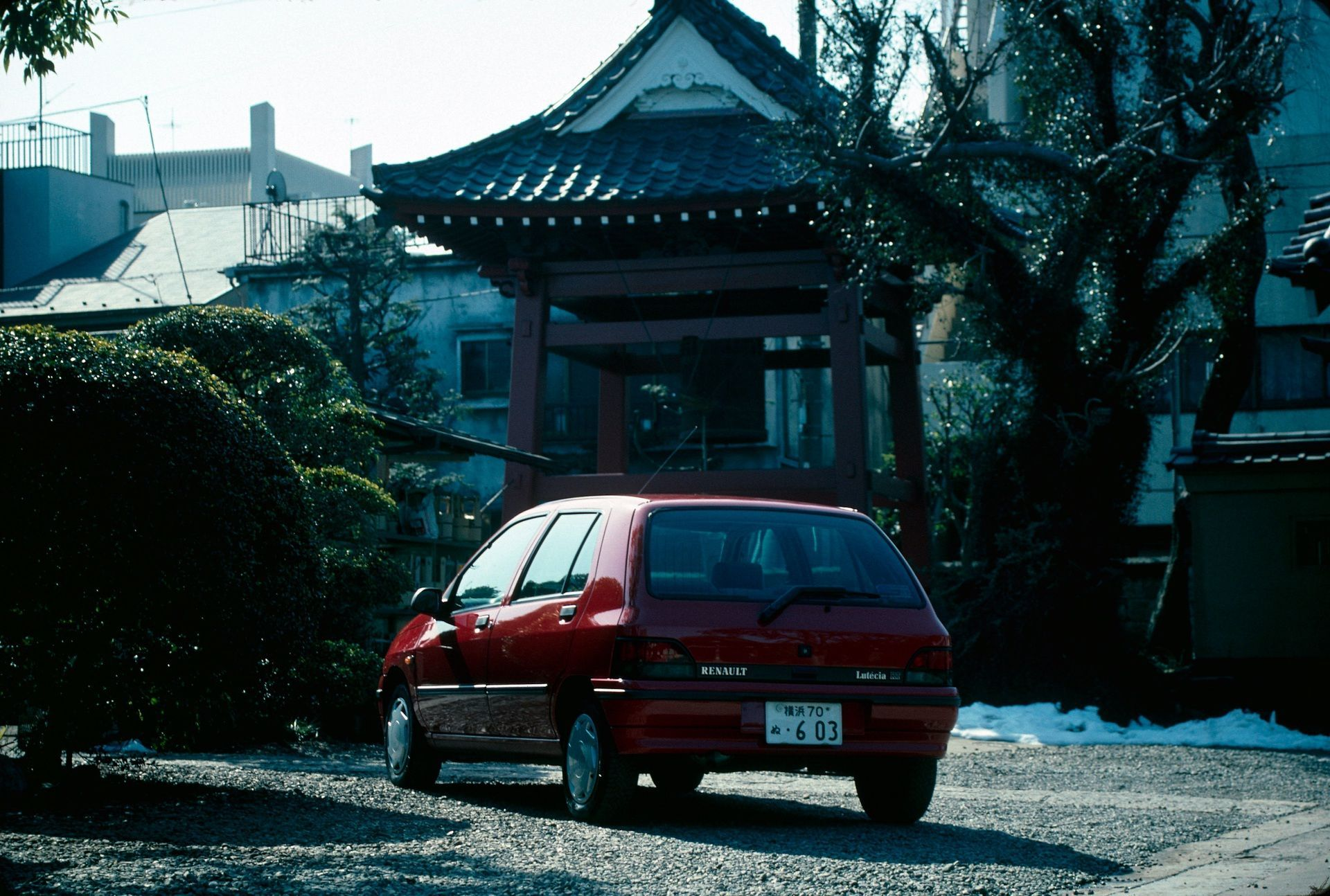 2020-30-years-of-Renault-CLIO-Renault-CLIO-I-1990-1999-28