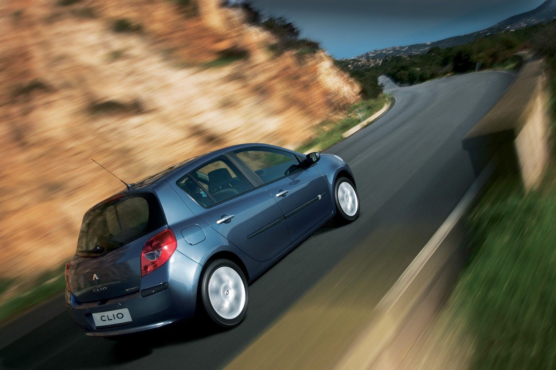 2020-30-years-of-Renault-CLIO-Renault-CLIO-III-2005-2012-1