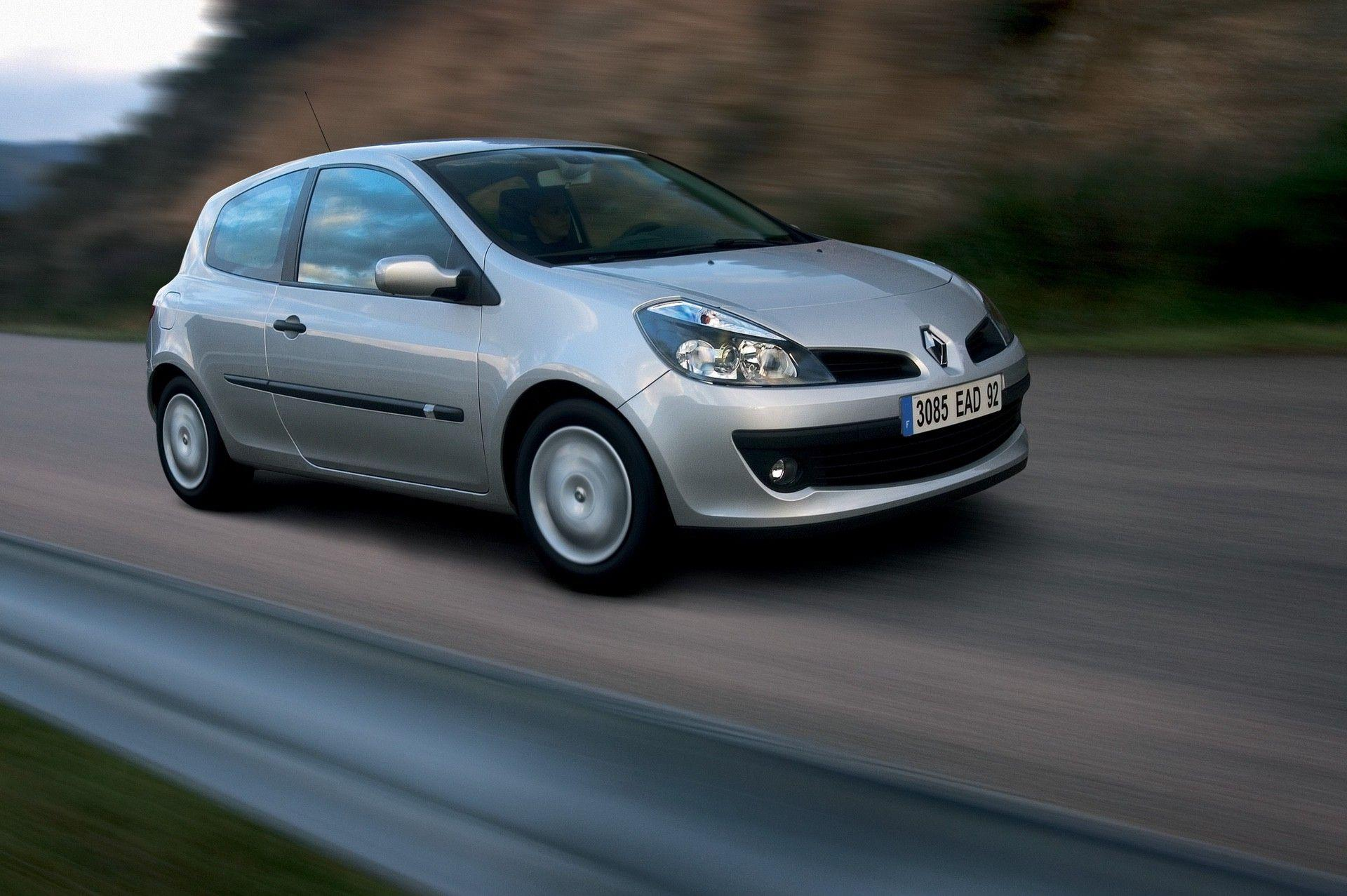 2020-30-years-of-Renault-CLIO-Renault-CLIO-III-2005-2012-3