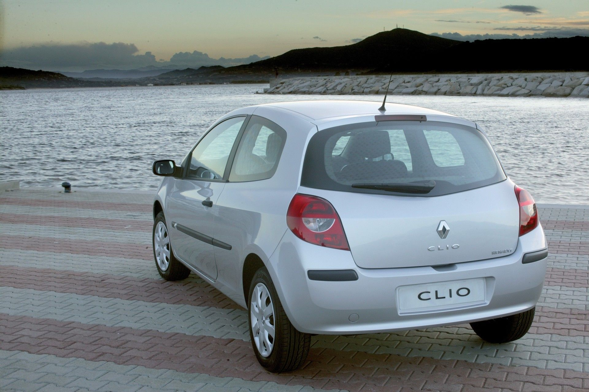 2020-30-years-of-Renault-CLIO-Renault-CLIO-III-2005-2012-6