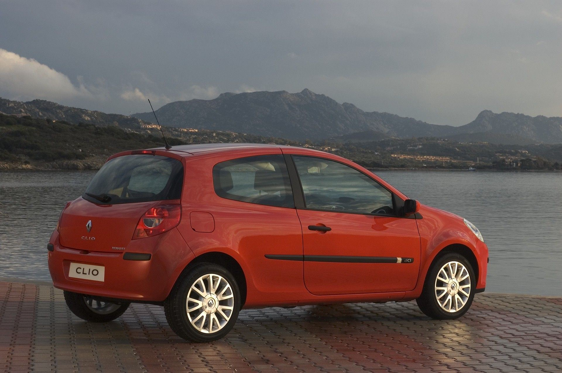 2020-30-years-of-Renault-CLIO-Renault-CLIO-III-2005-2012-8