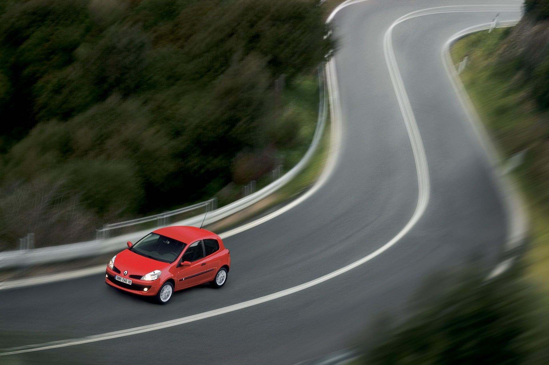 2020-30-years-of-Renault-CLIO-Renault-CLIO-III-2005-2012-9