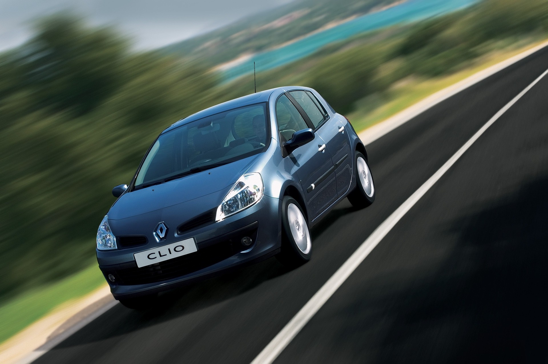 2020-30-years-of-Renault-CLIO-Renault-CLIO-III-2005-2012