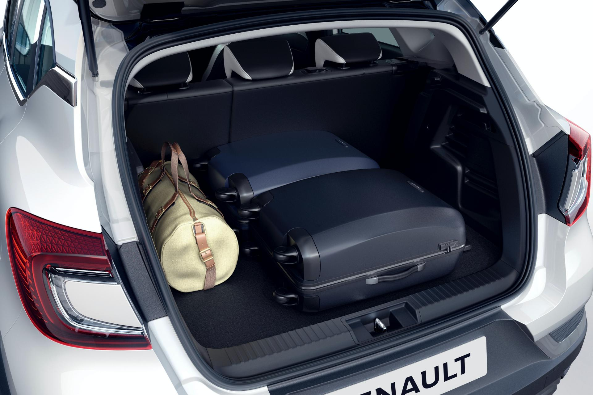 2020-Renault-Captur-E-Tech-plug-in-hybrid-3