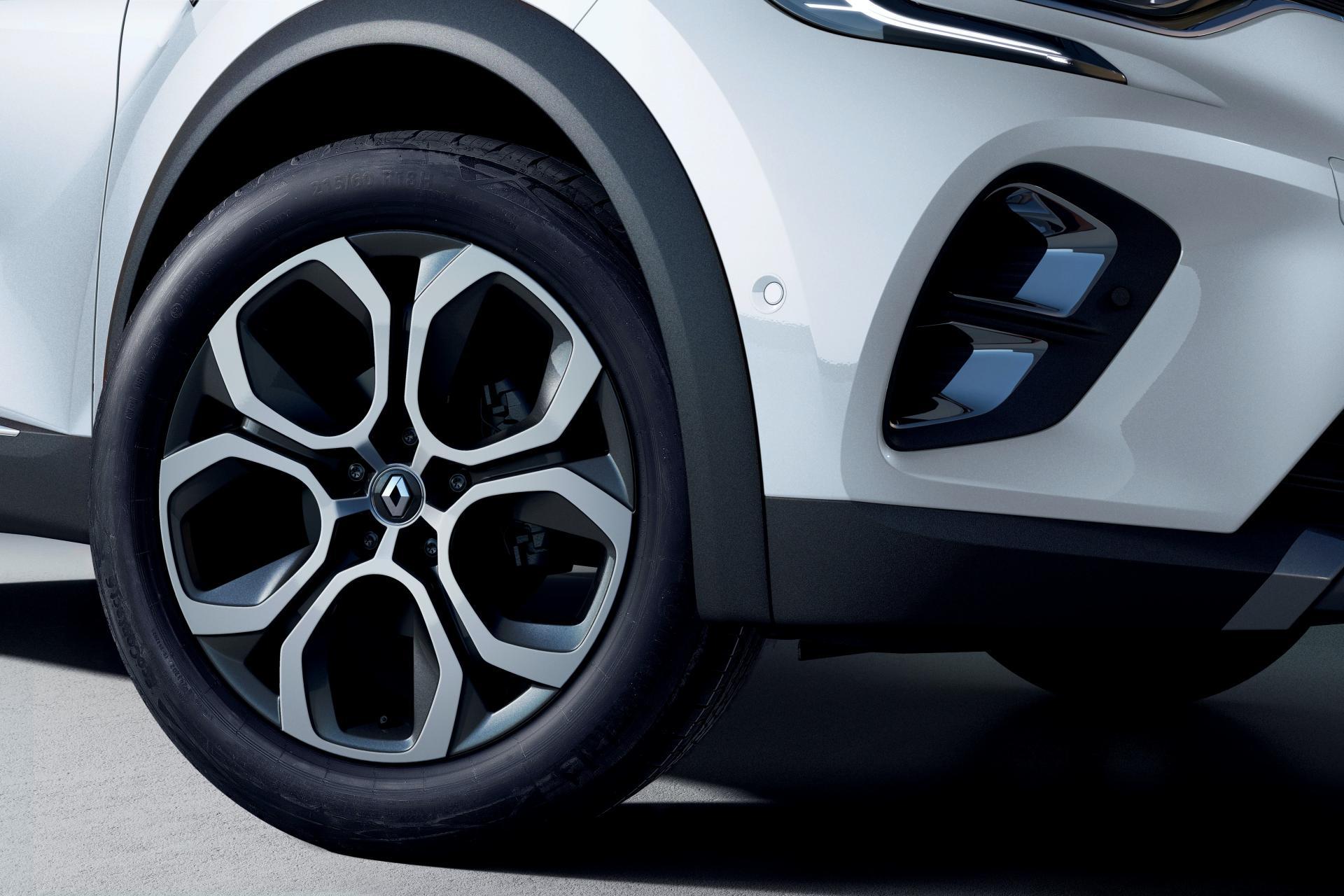 2020-Renault-Captur-E-Tech-plug-in-hybrid-5