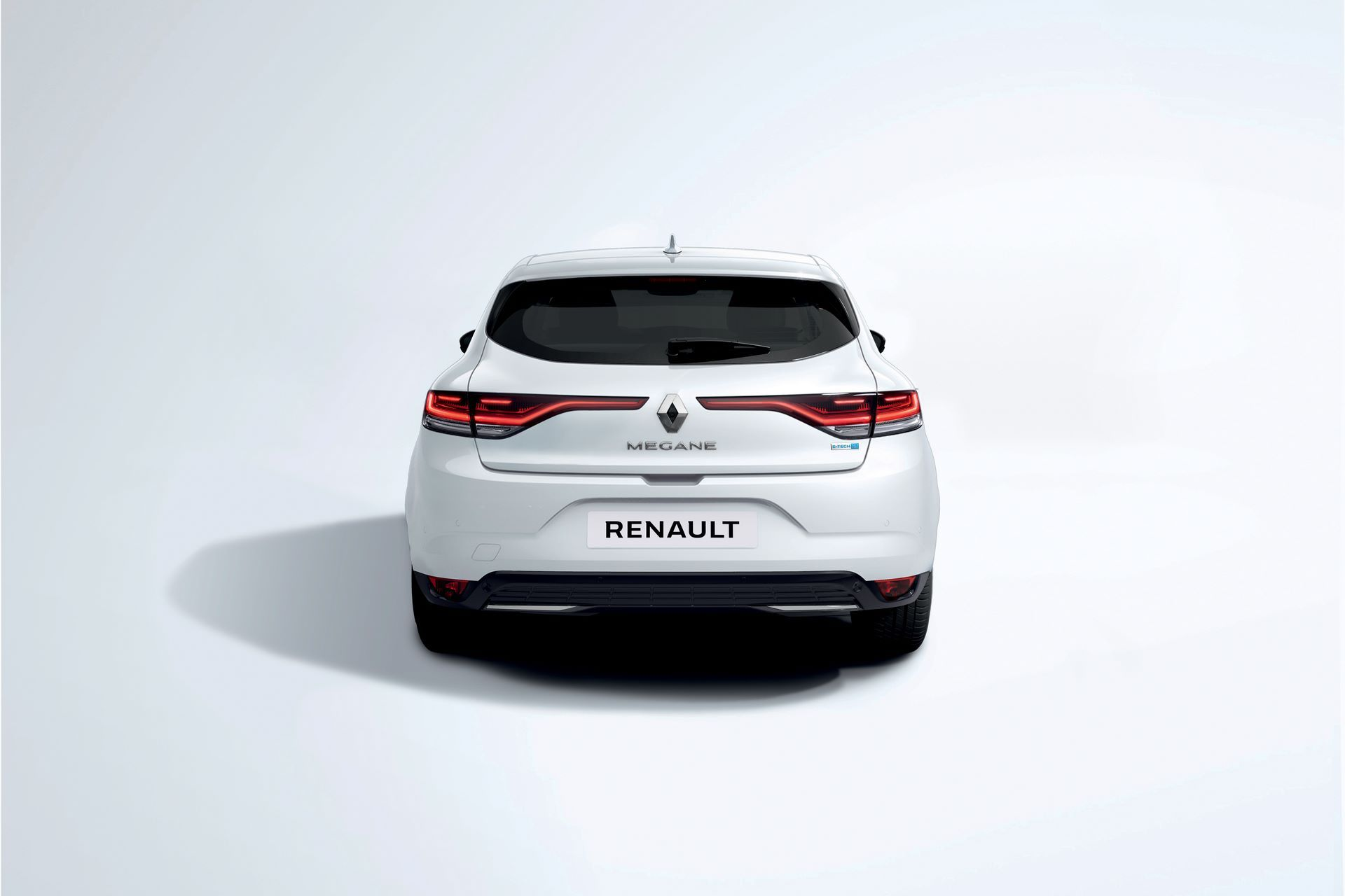 2020-New-Renault-MEGANE-Berline-E-TECH-Plug-In-Hybrid-3