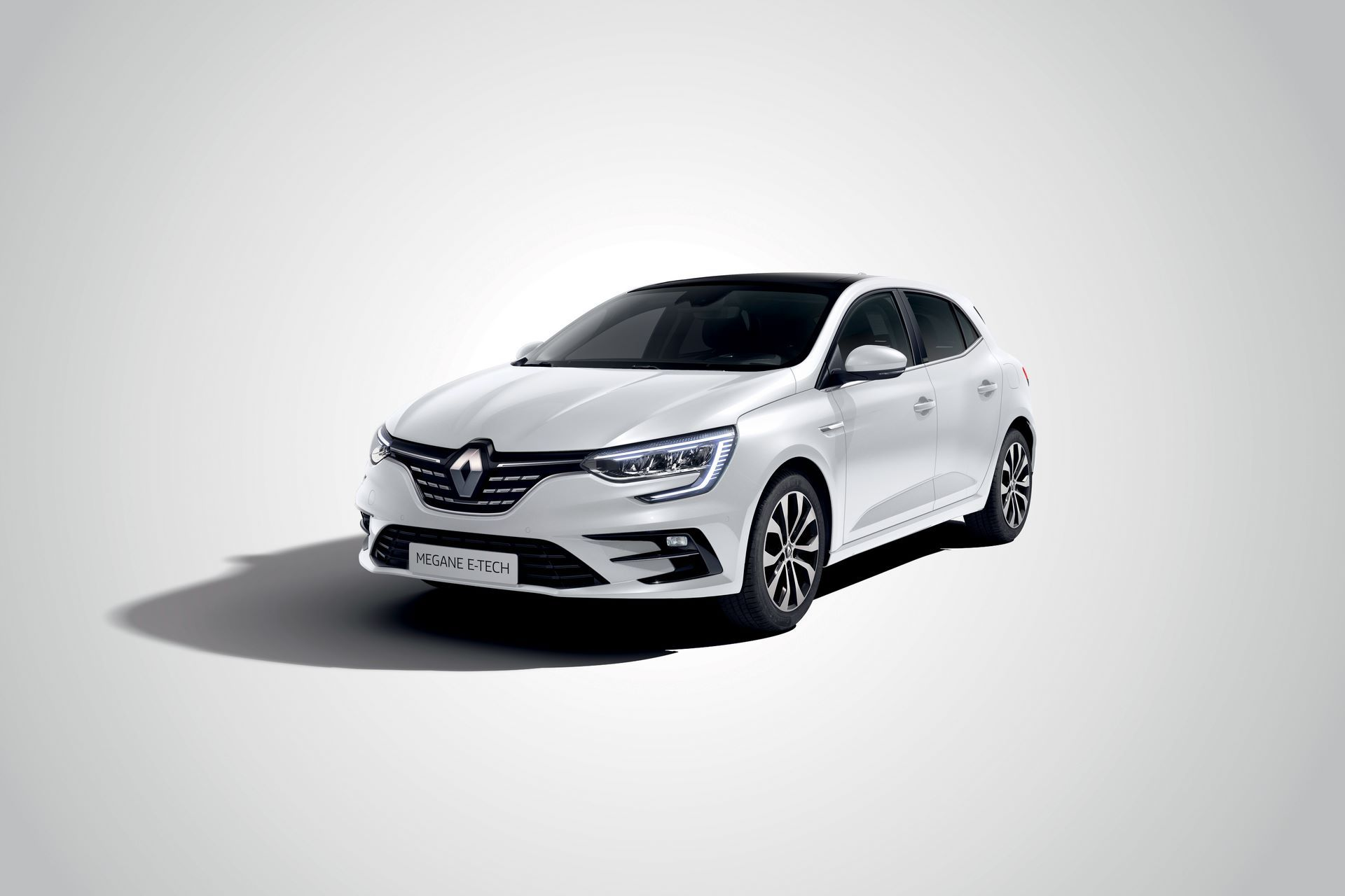 2020-New-Renault-MEGANE-Berline-E-TECH-Plug-In-Hybrid-6