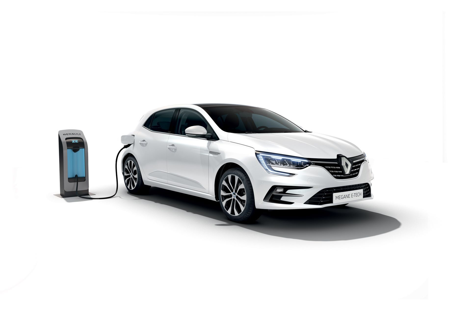 2020-New-Renault-MEGANE-Berline-E-TECH-Plug-In-Hybrid-9