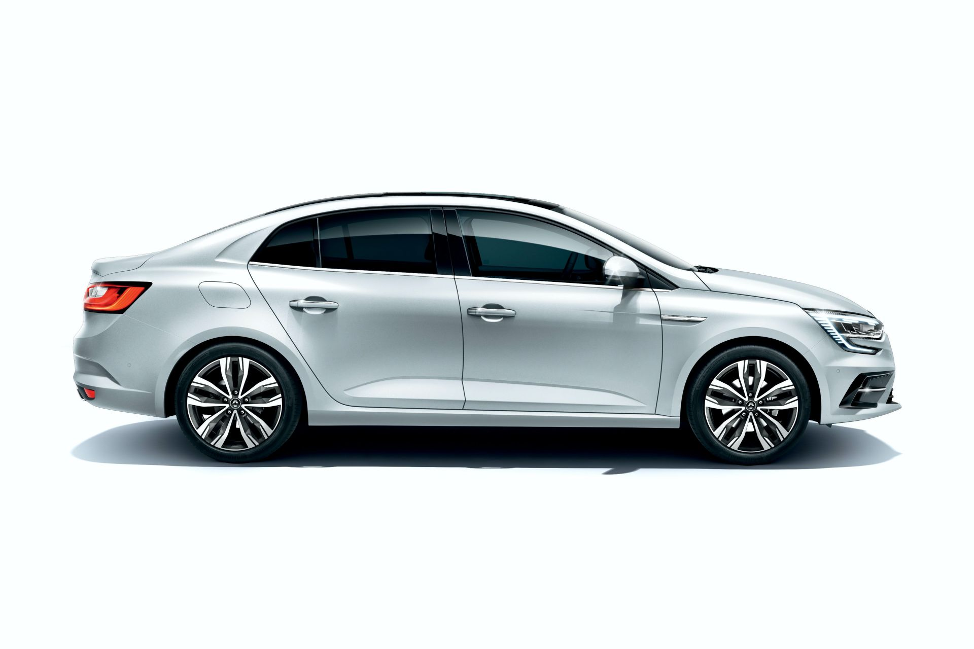 Renault-megane-grand-coupe-sedan-facelift-2021-7