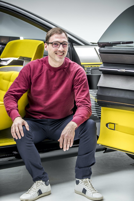 Renault_Morphoz_concept_0056