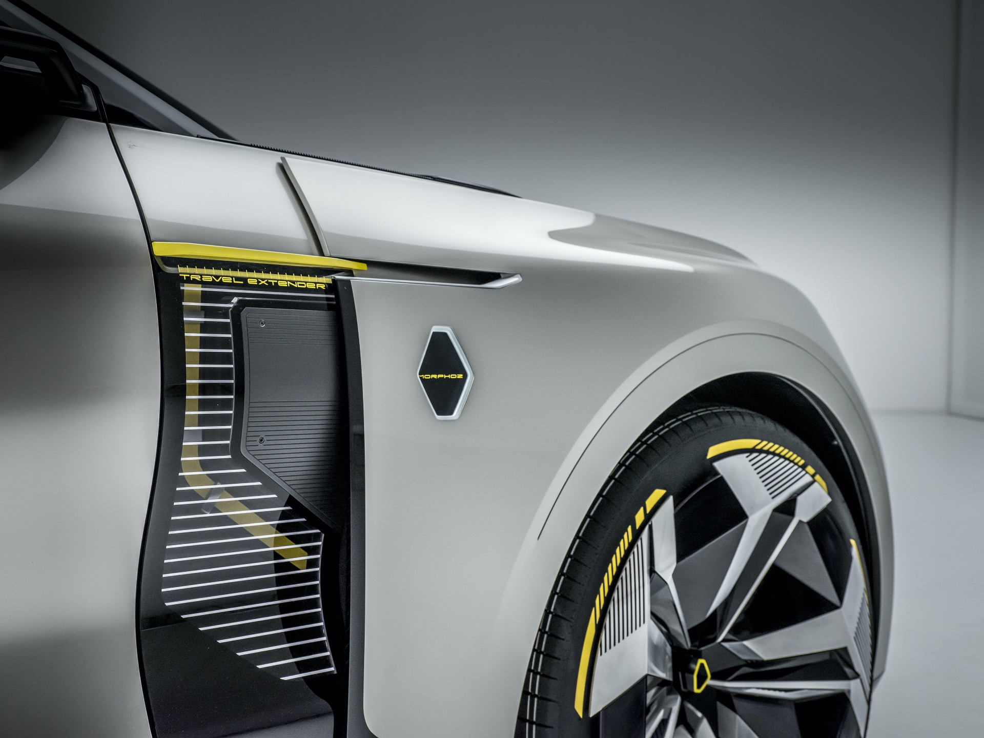 Renault_Morphoz_concept_0098
