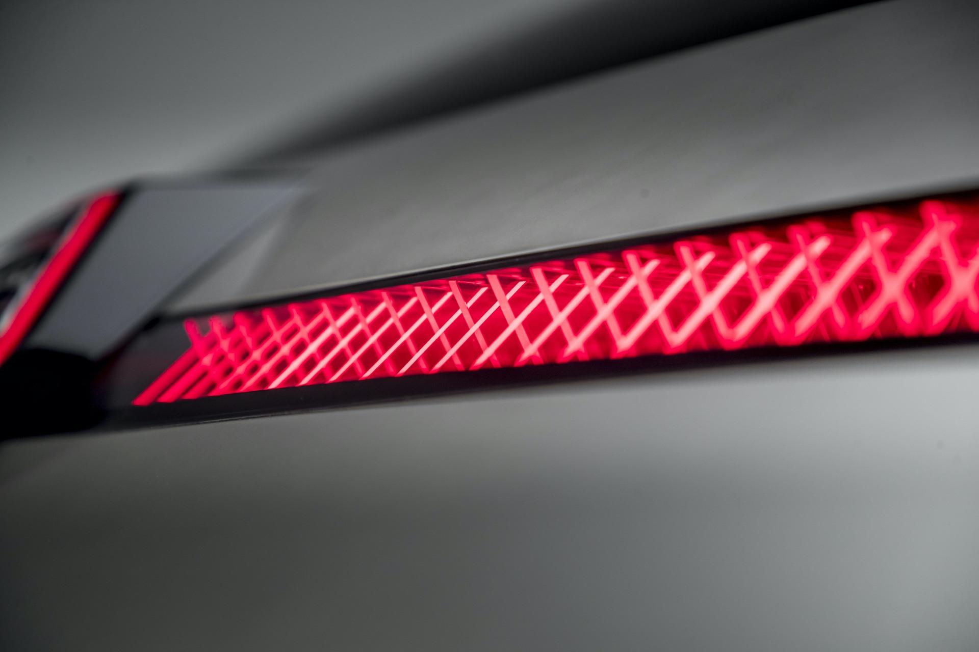 Renault_Morphoz_concept_0102