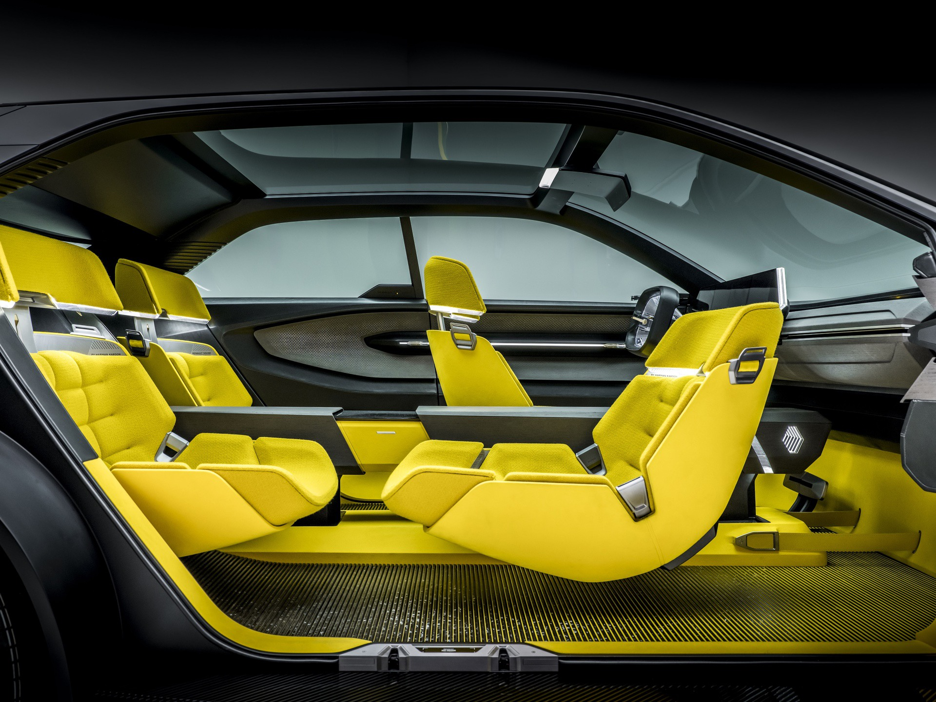 Renault_Morphoz_concept_0109