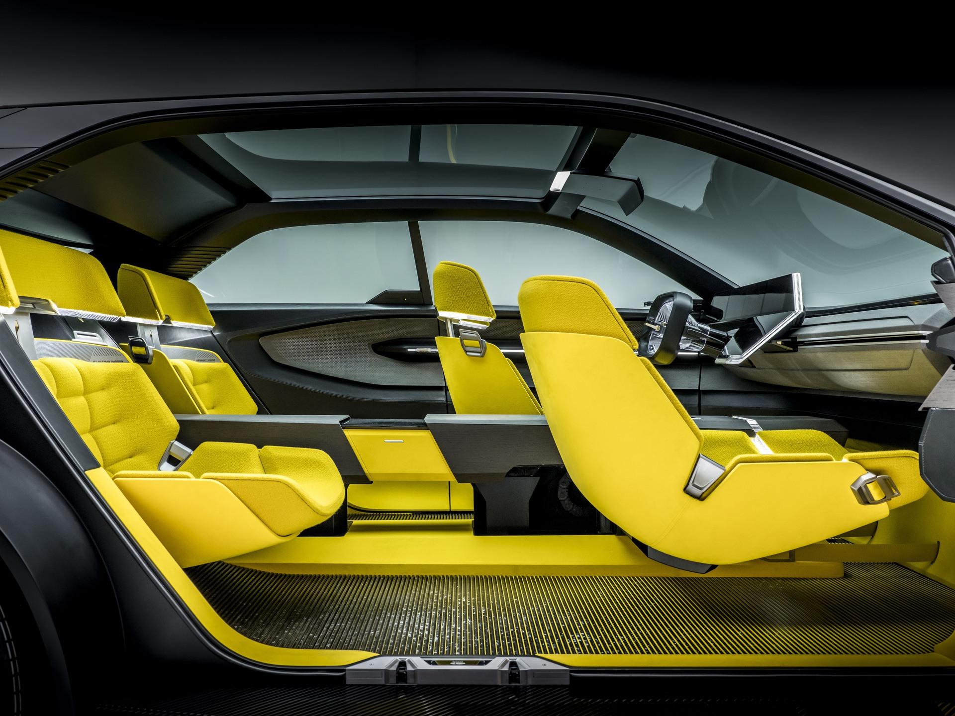 Renault_Morphoz_concept_0111