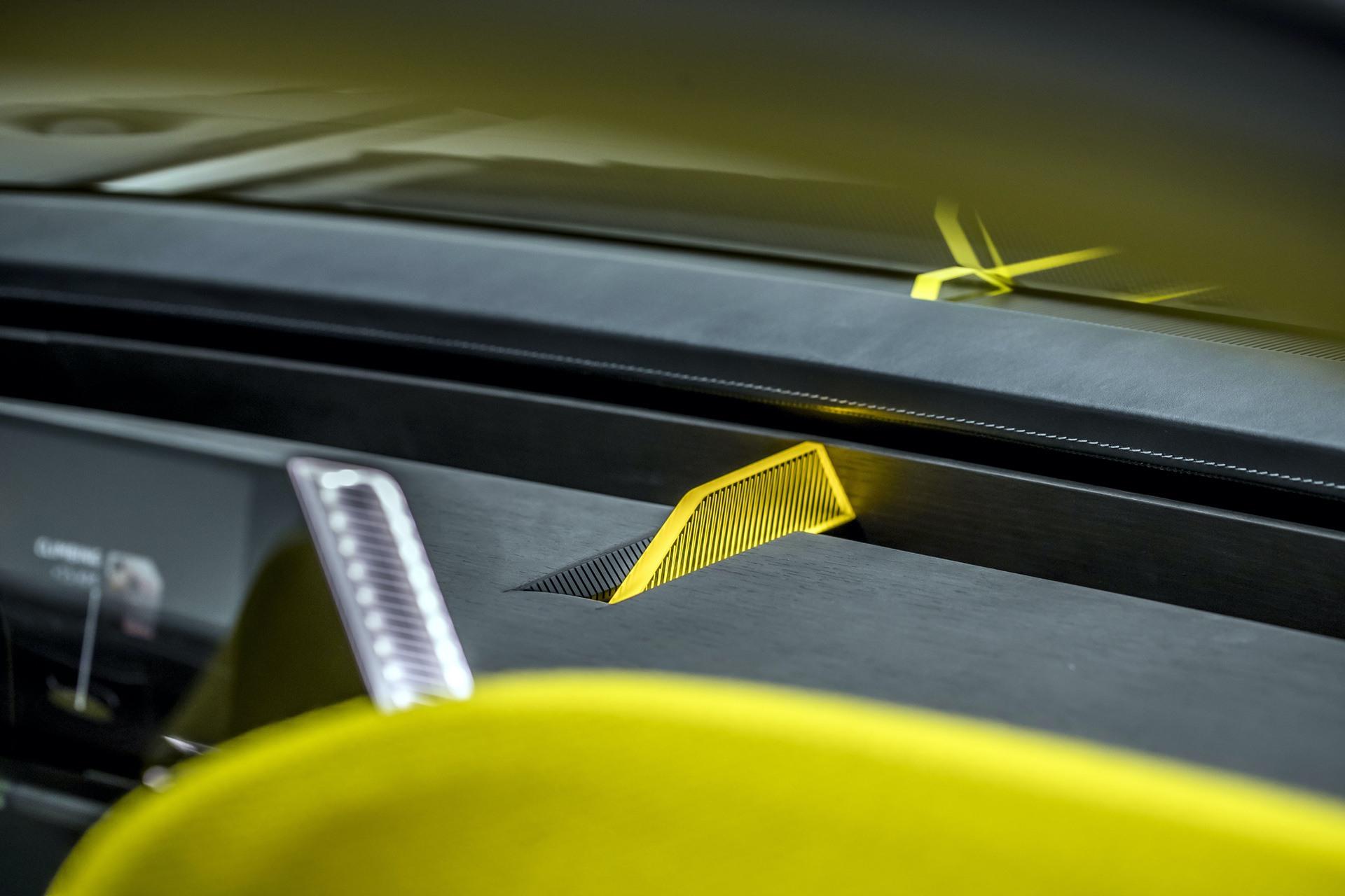 Renault_Morphoz_concept_0140
