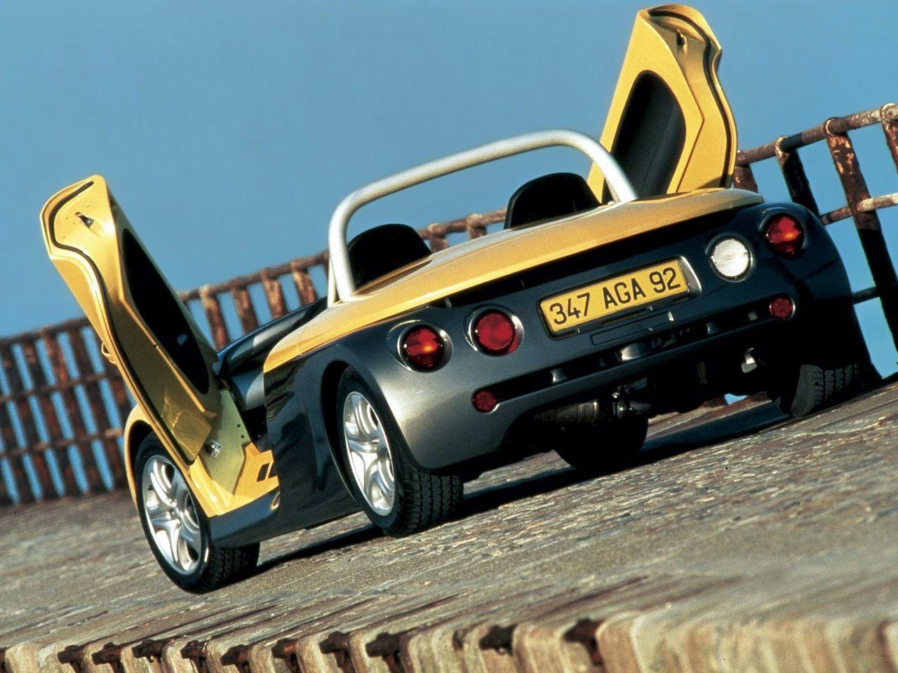 Renault_Sport_Spider_0001
