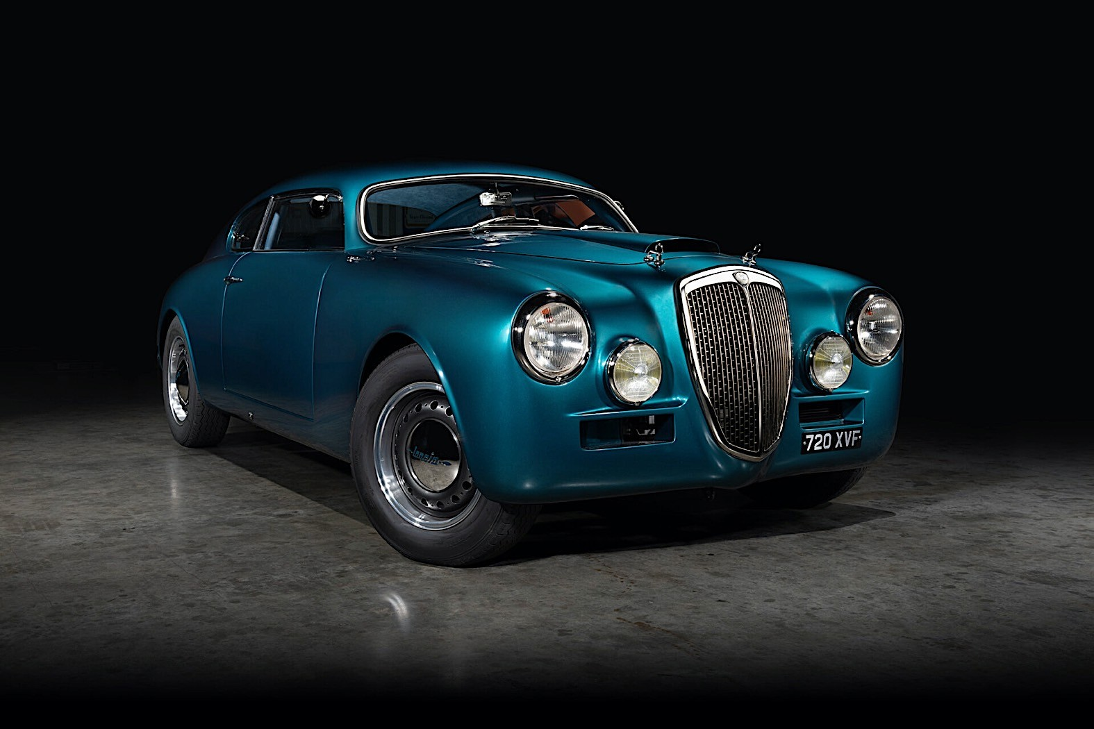 Restored-Lancia-Aurelia-B20GT-1