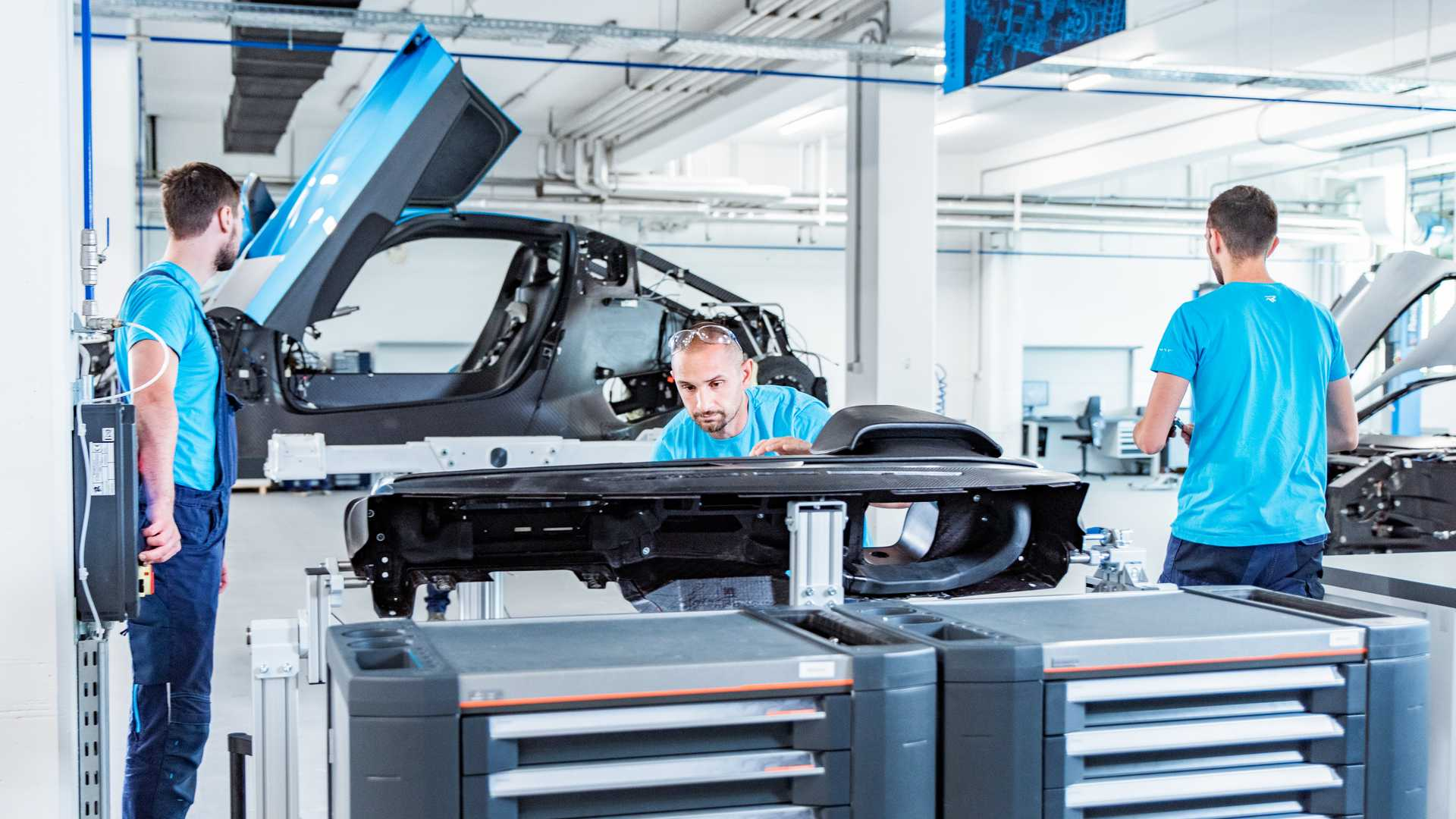 Rimac_C_Two_Production_Line_0002