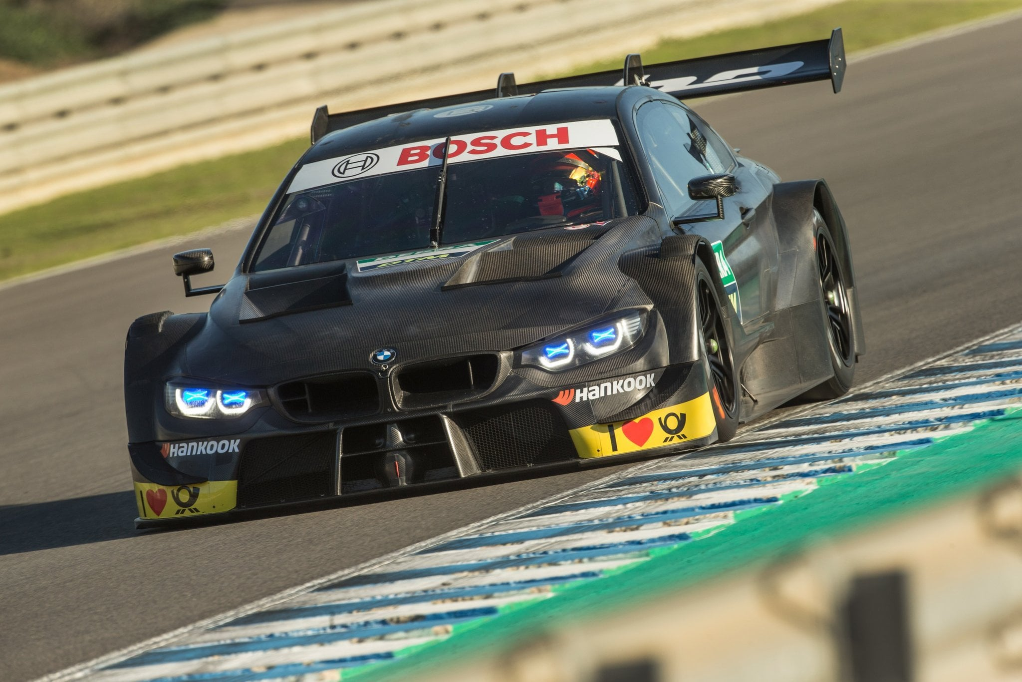 Robert_Kubica_BMW_M4_DTM_0003