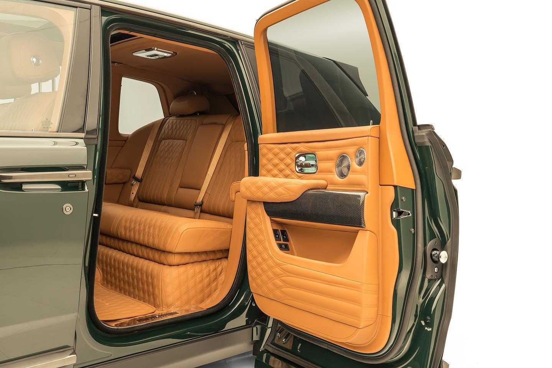 Rolls-Royce-Cullinan-by-Mansory-9