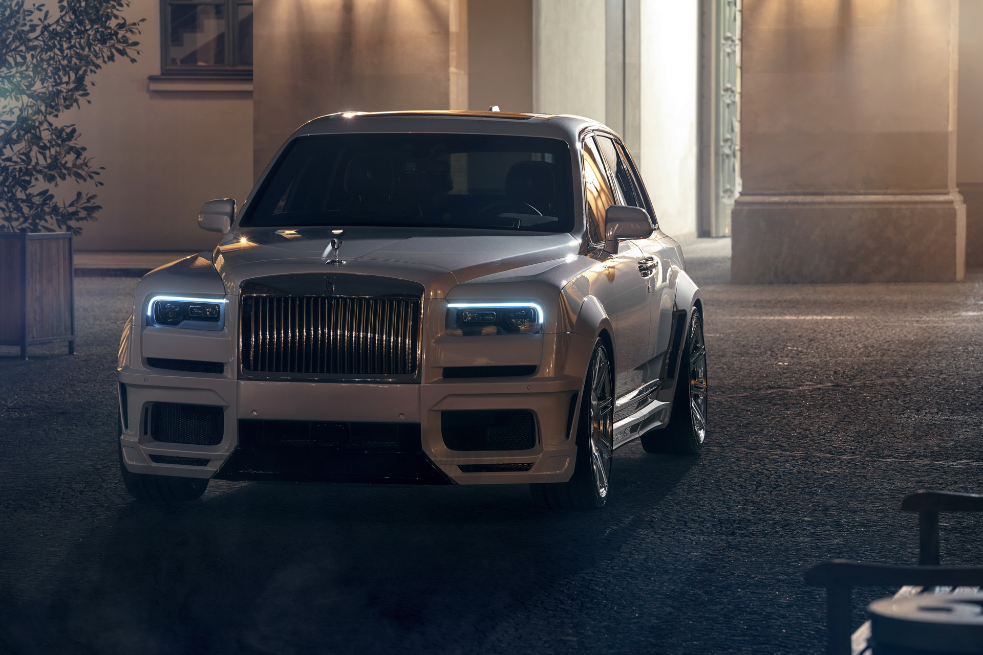 Rolls-Royce-Cullinan-by-Spofec-4
