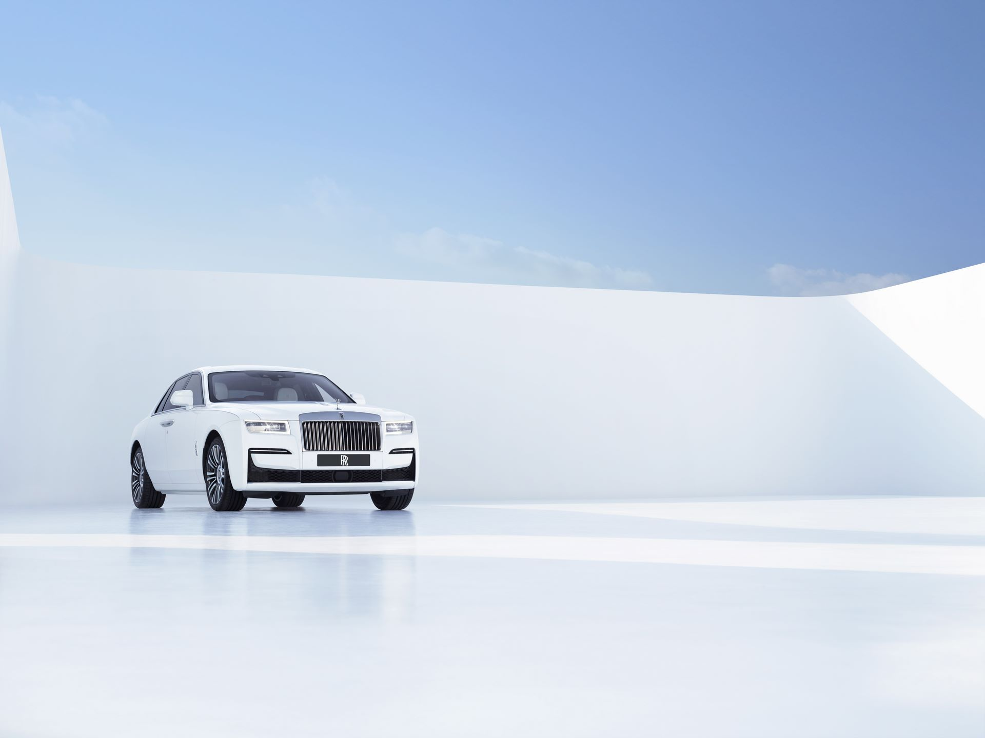 Rolls-Royce-Ghost-3