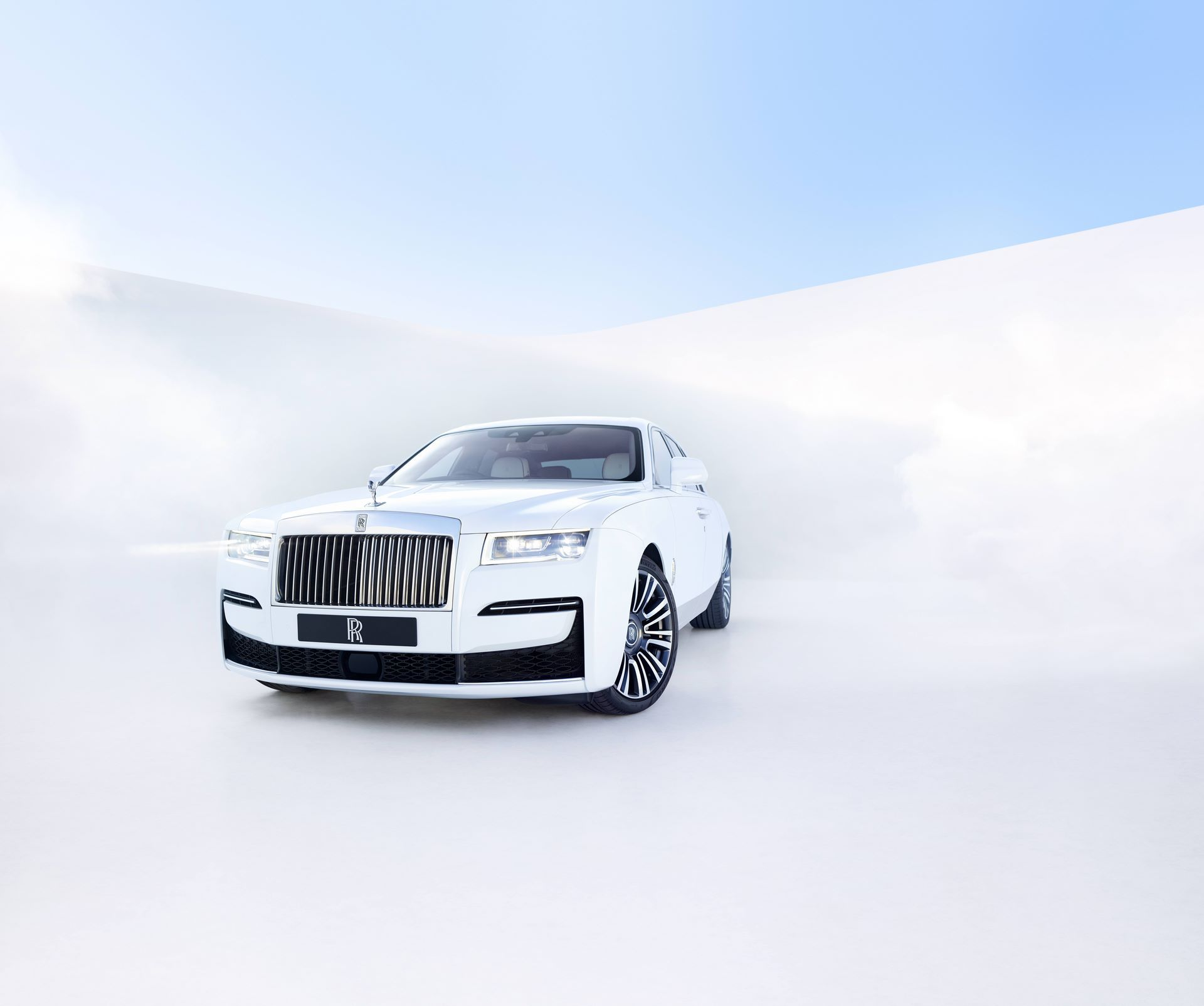 Rolls-Royce-Ghost-4
