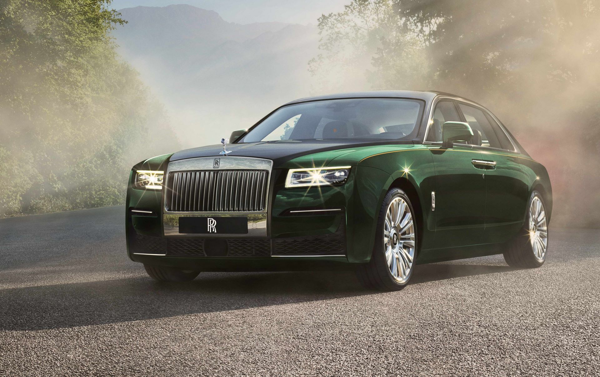 Rolls-Royce-Ghost-Extended-1