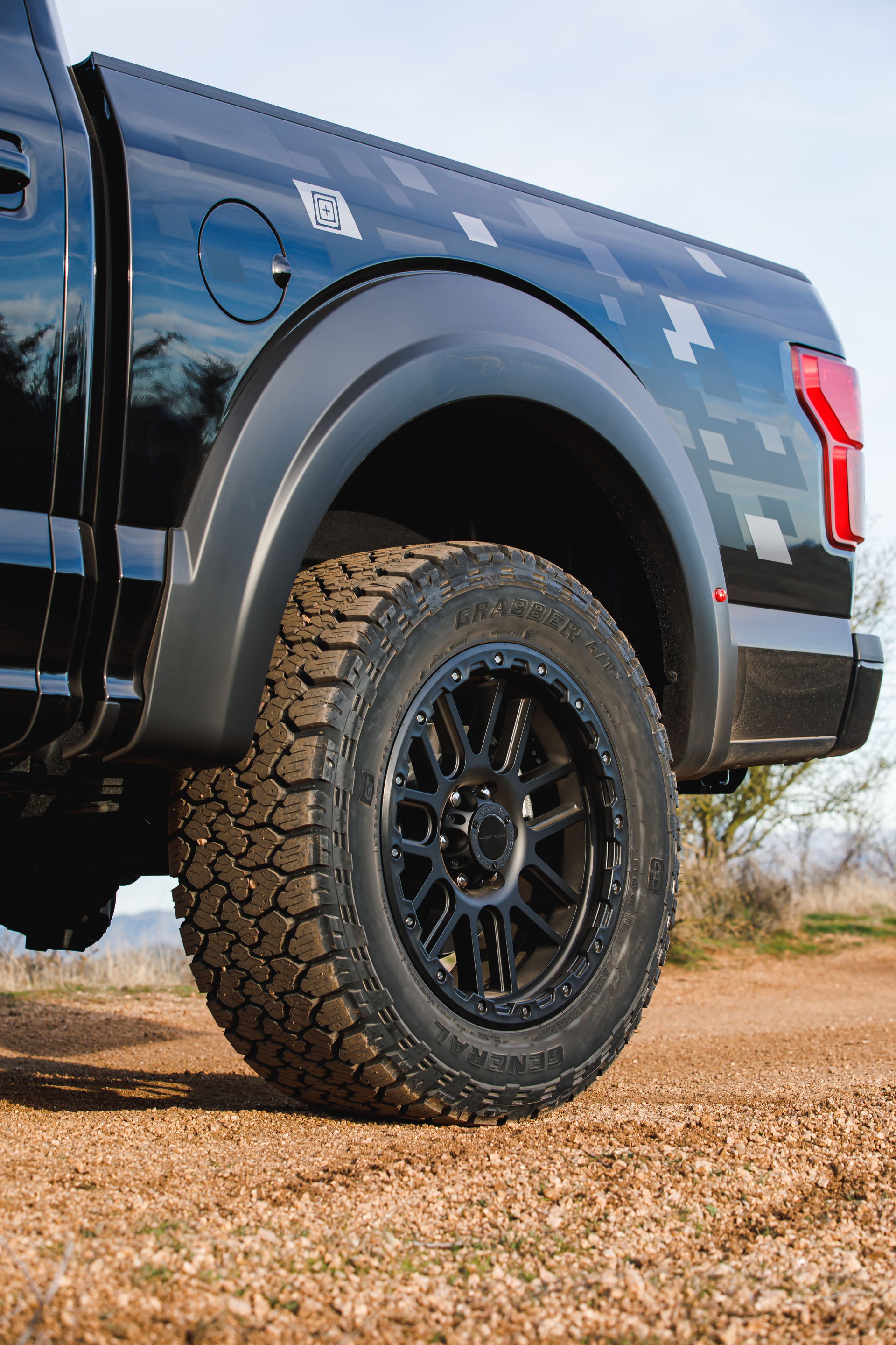 Roush-Ford-F-150-5.11-Tactical-Edition-8