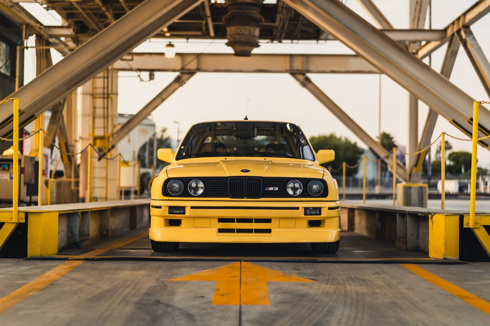 S50-Powered_1989_BMW_M3_0001