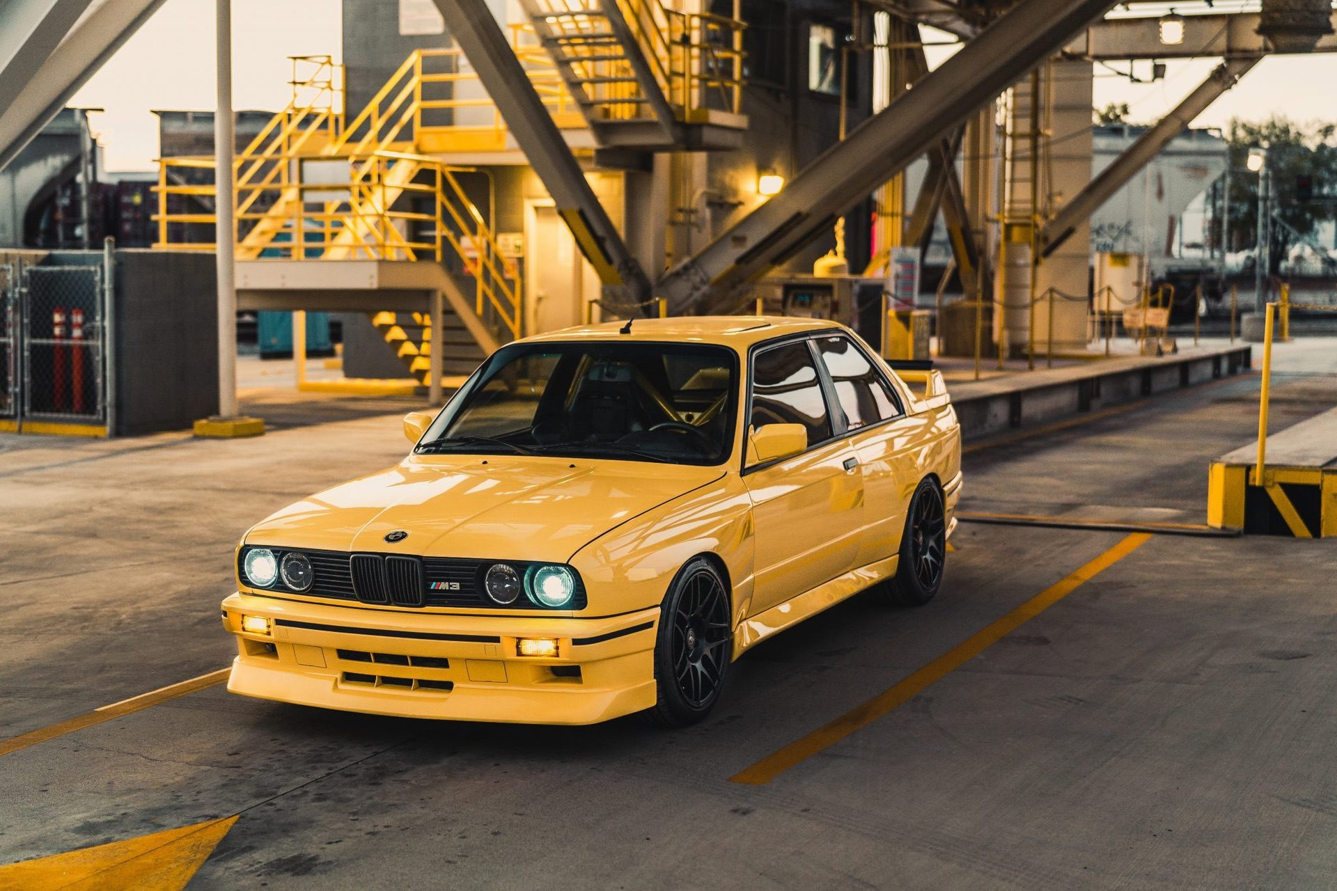 S50-Powered_1989_BMW_M3_0003