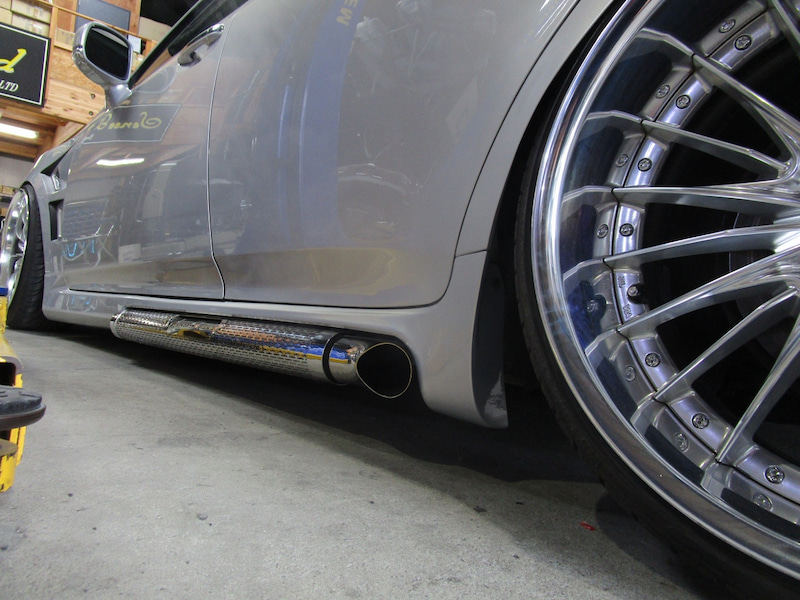 Sense-Brand-exhaust-11