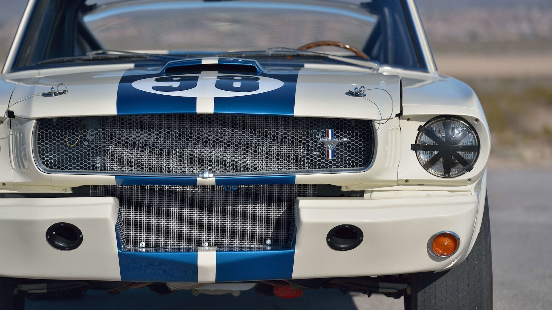 Shelby-GT350R-Prototype-1965-auction-12