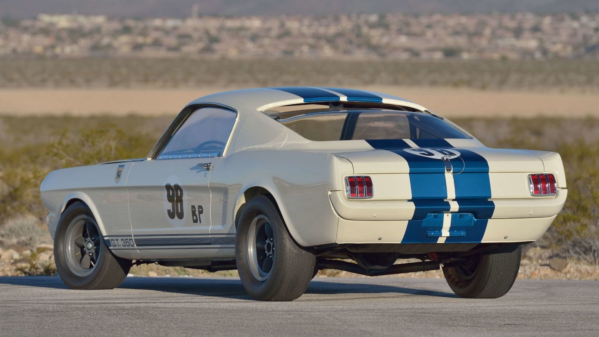 Shelby-GT350R-Prototype-1965-auction-14
