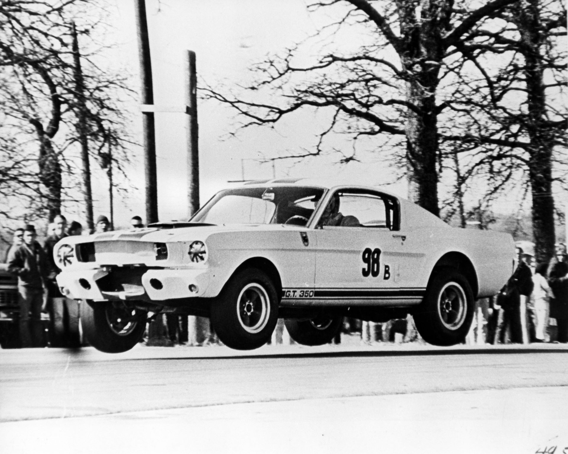 Shelby-GT350R-Prototype-1965-auction-2