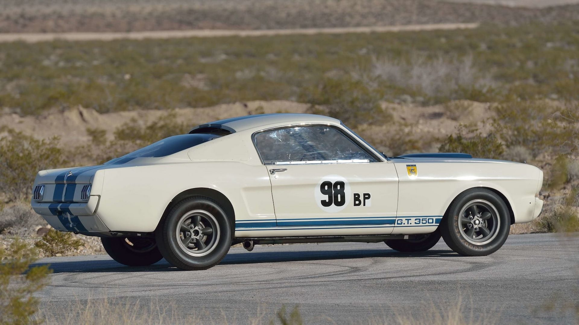 Shelby-GT350R-Prototype-1965-auction-31