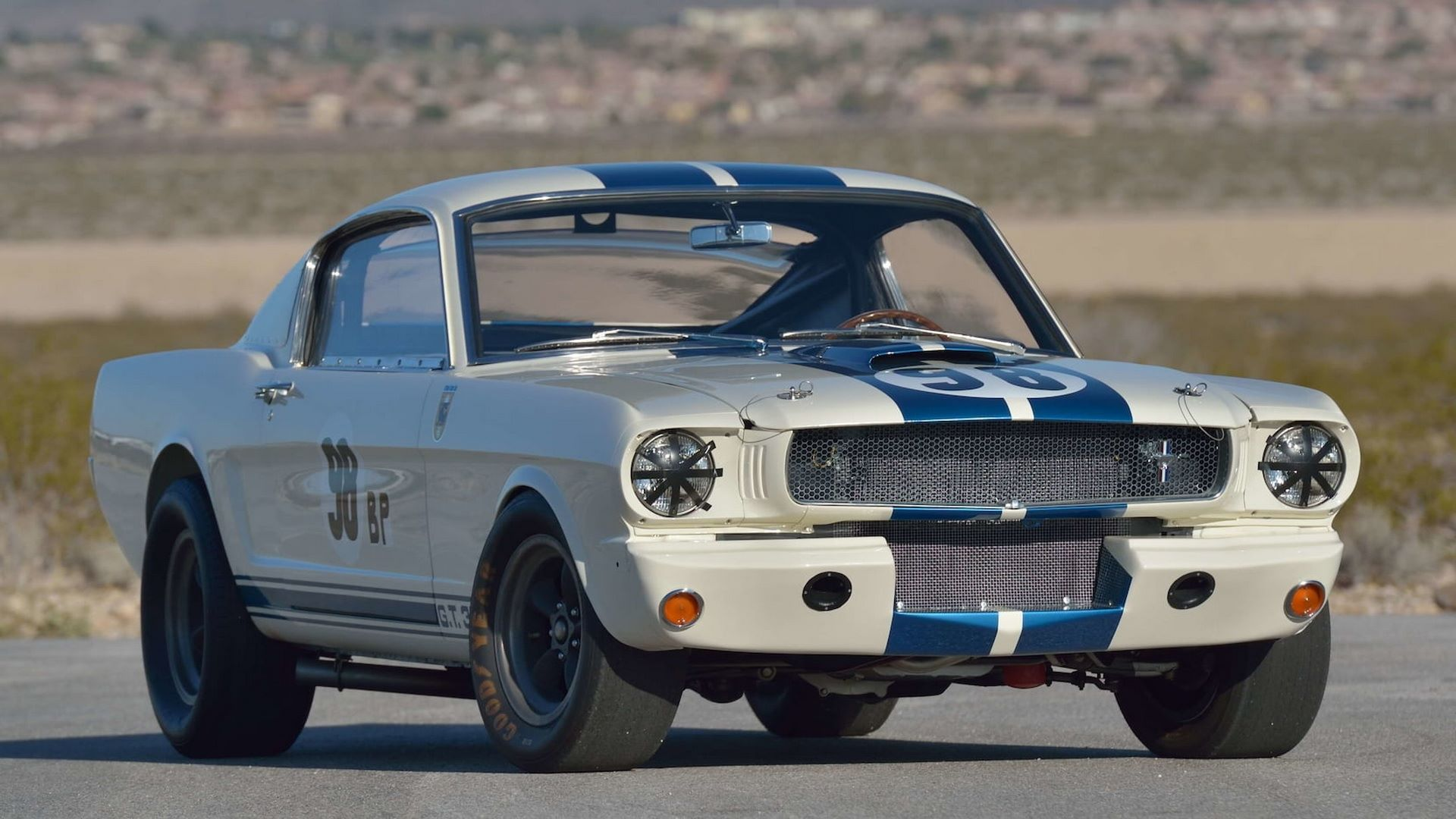 Shelby-GT350R-Prototype-1965-auction-32