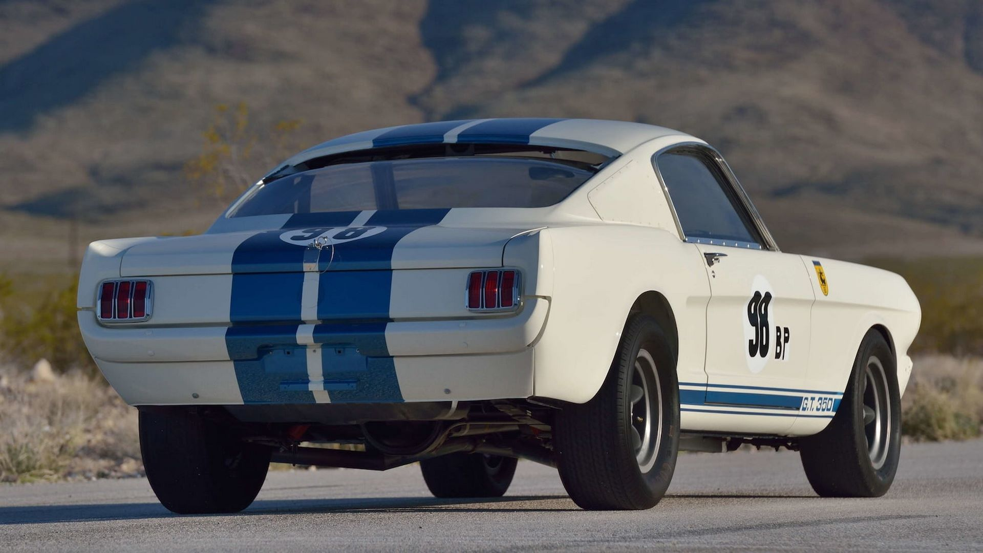 Shelby-GT350R-Prototype-1965-auction-4