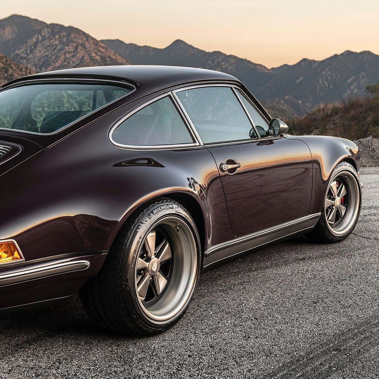 Singer_Anglet_Commission_Porsche_911_0002