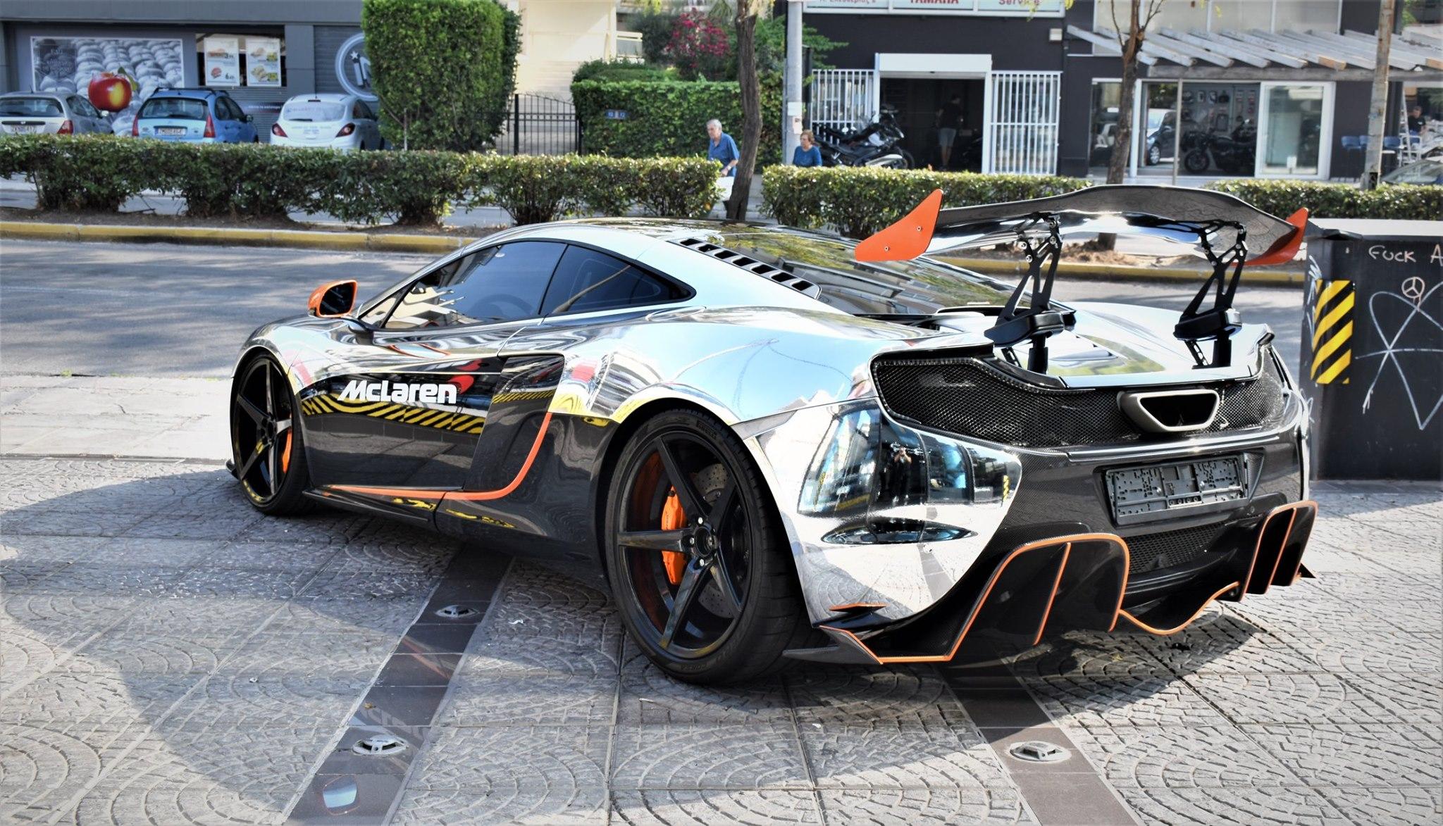 McLaren_650S_accident_0002