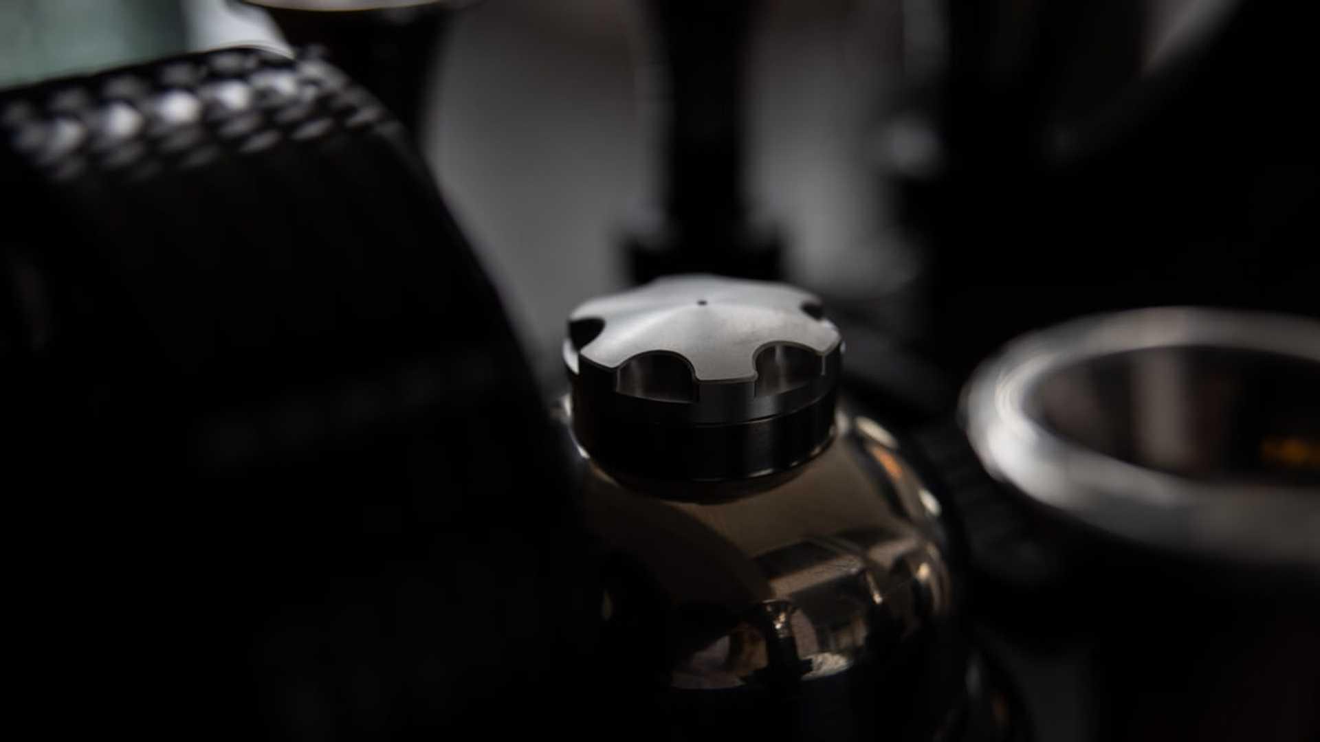 super-veloce-espresso-veloce-rs-black-edition-5