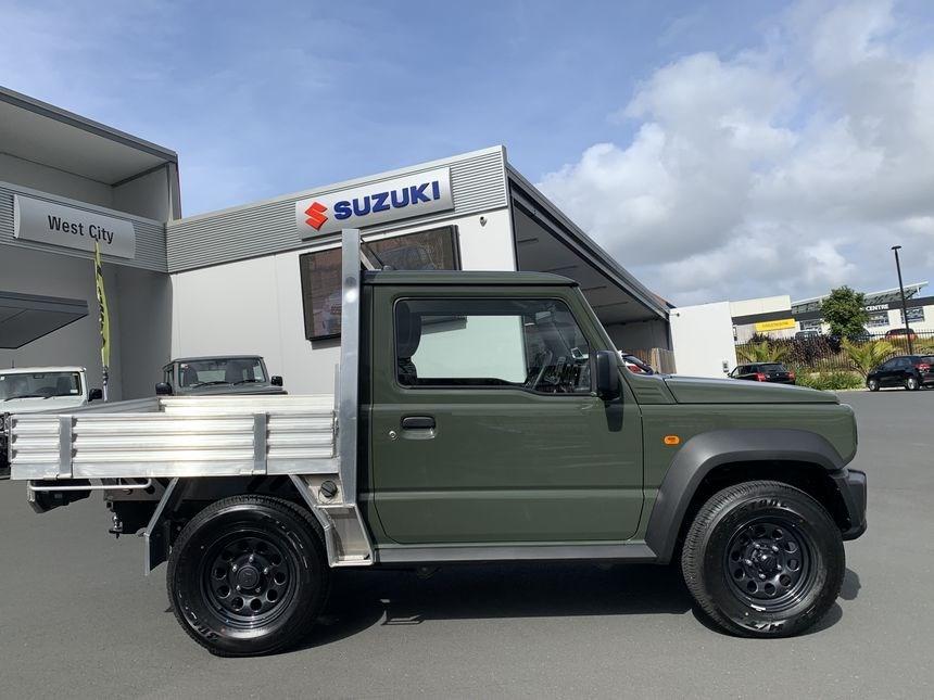 Suzuki-Jimny-pickup-truck-2