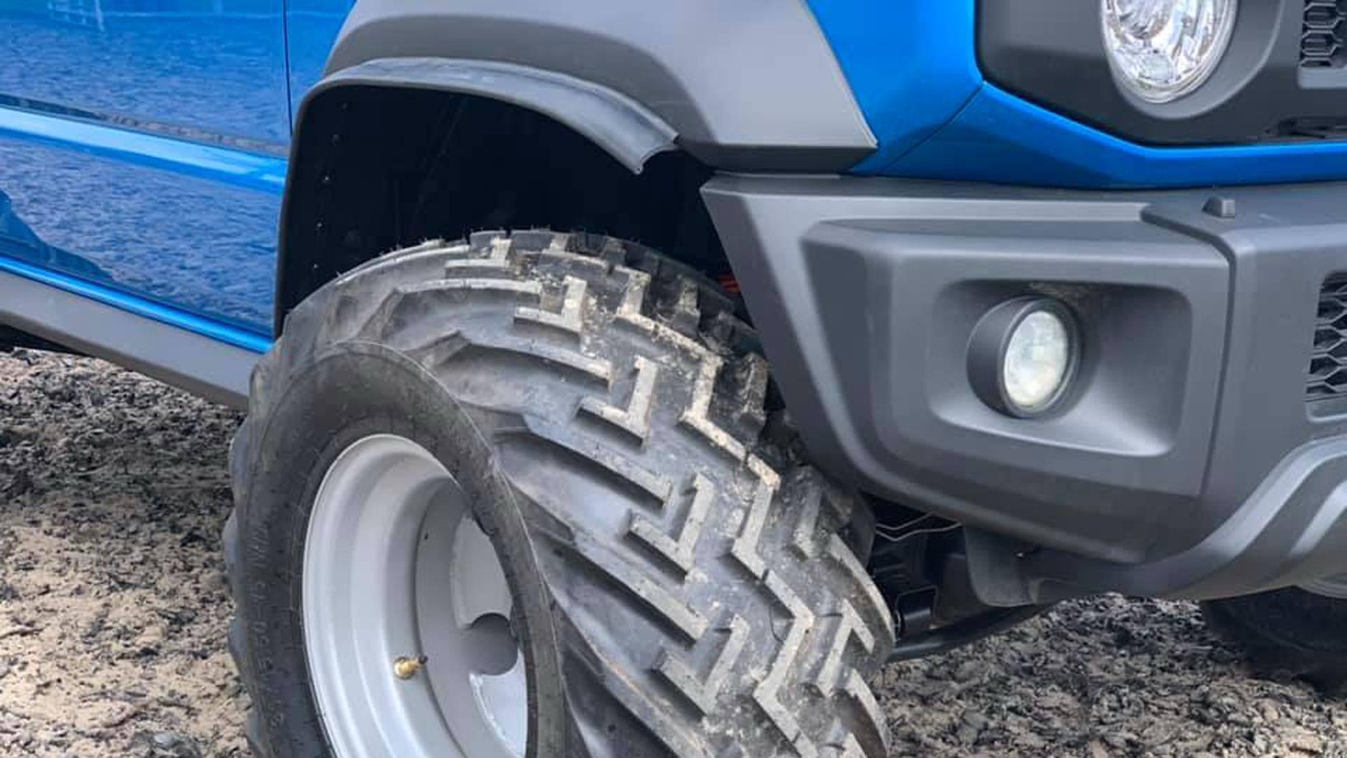 Suzuki_Jimny_pickup_0006