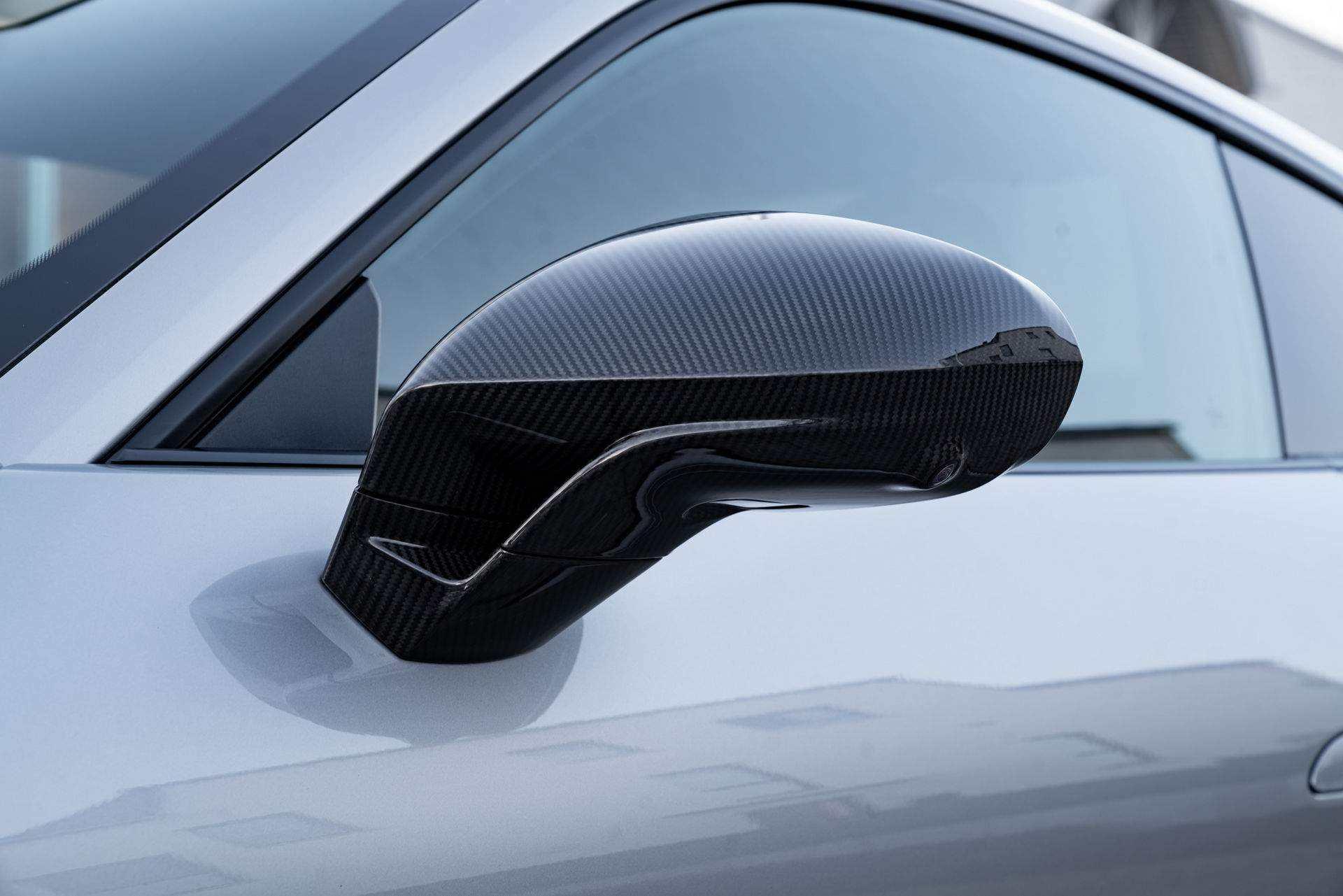TechArt_Carbon-Parts-Porsche_911_0001