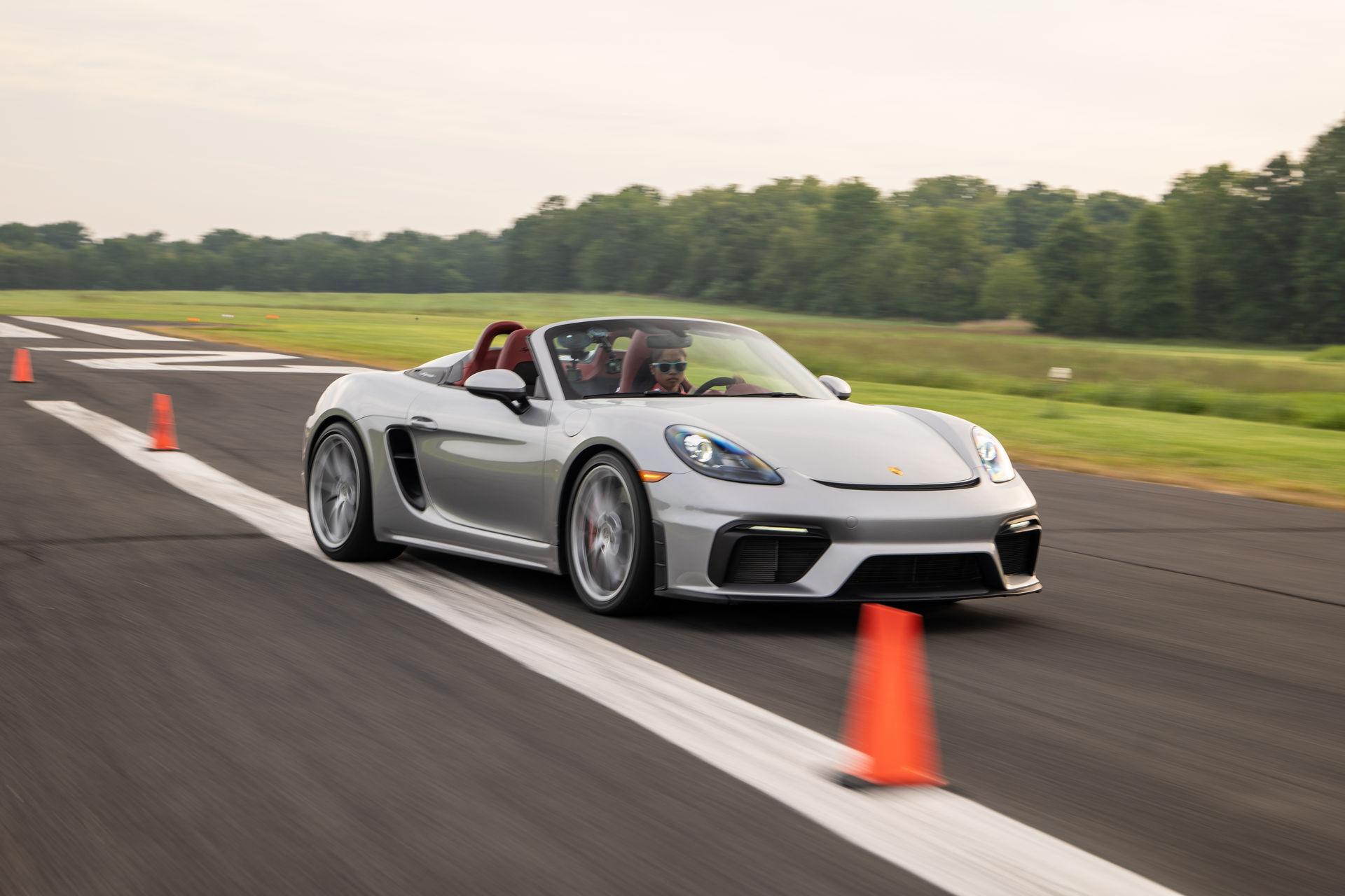 Teen-Driver-Slalom-Record-Porsche-718-Spyder-1