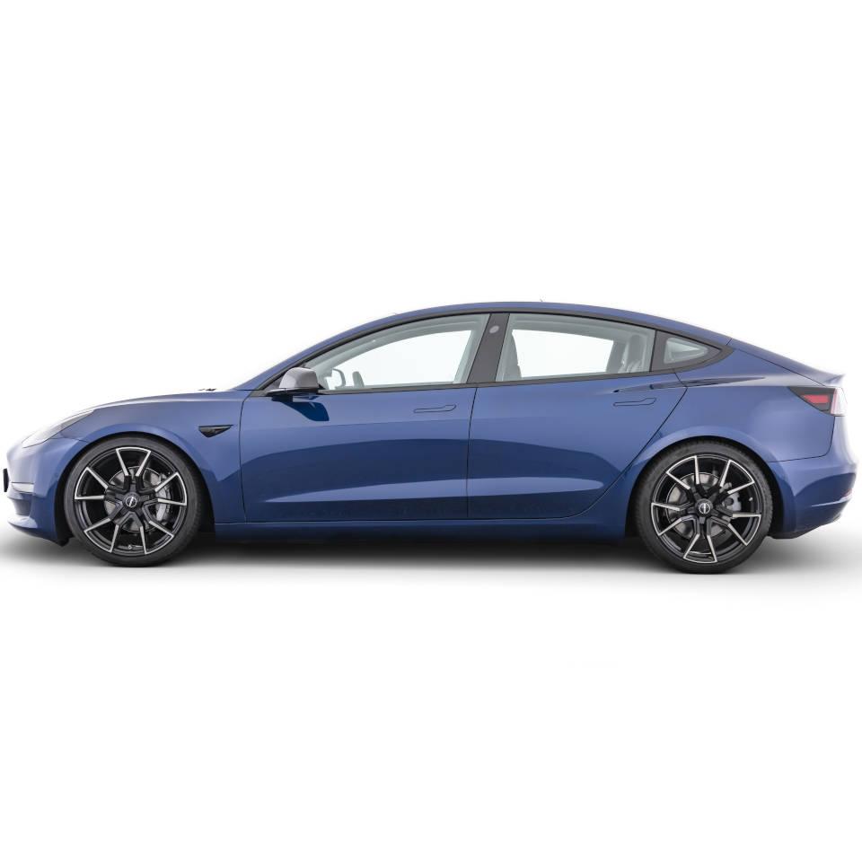 Tesla-Model-3-by-Startech-13