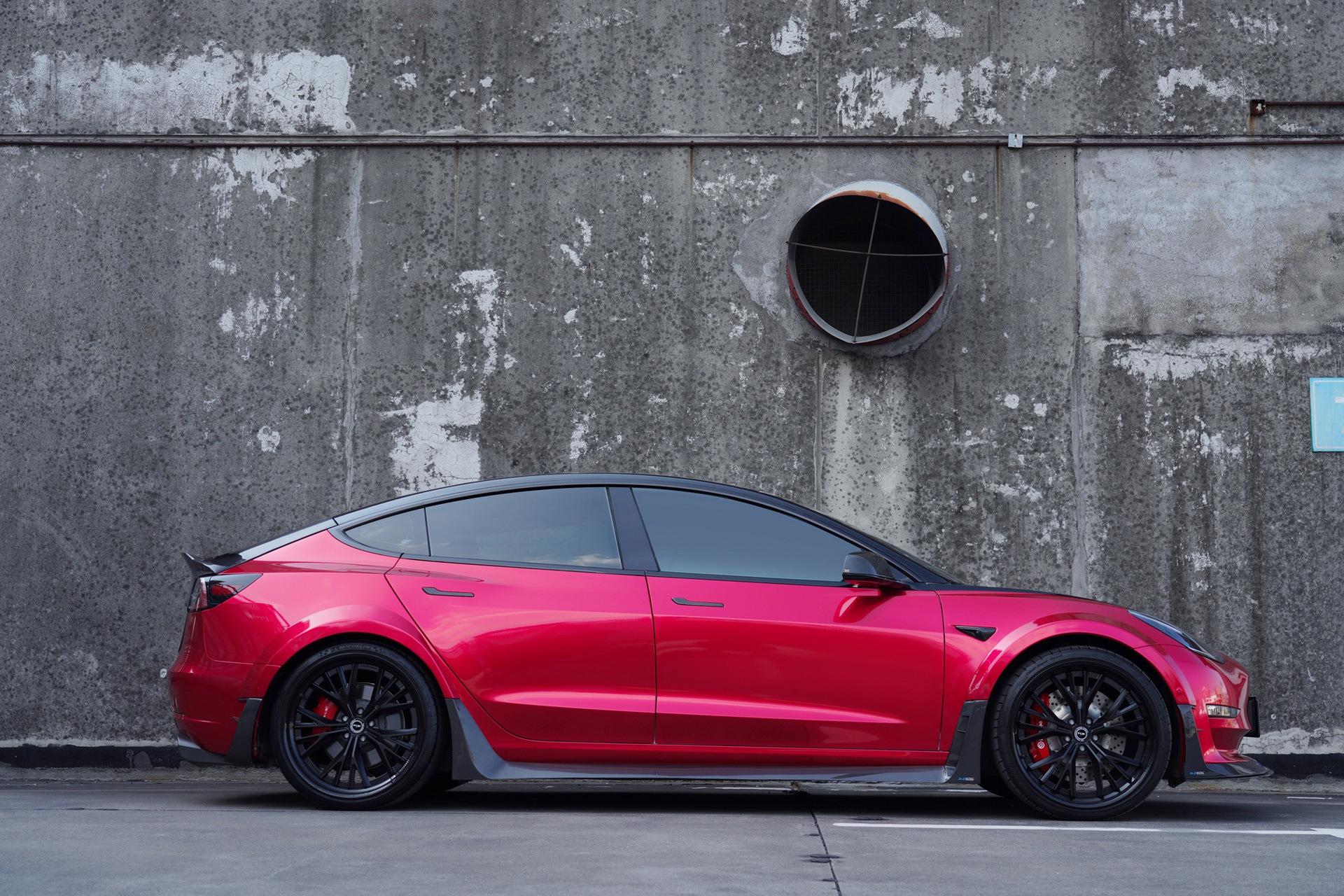 Tesla_Model_3_Performance_RevoZport_0019