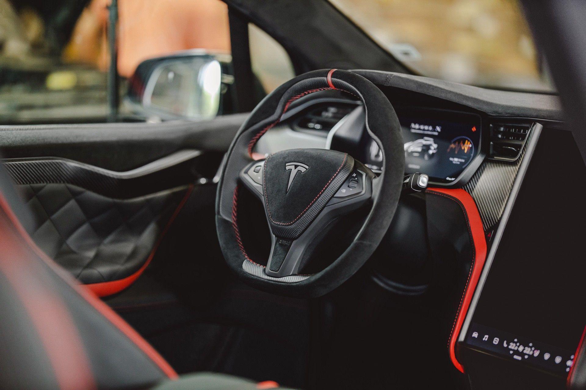 Tesla_Model_X_by_Vilner_0002