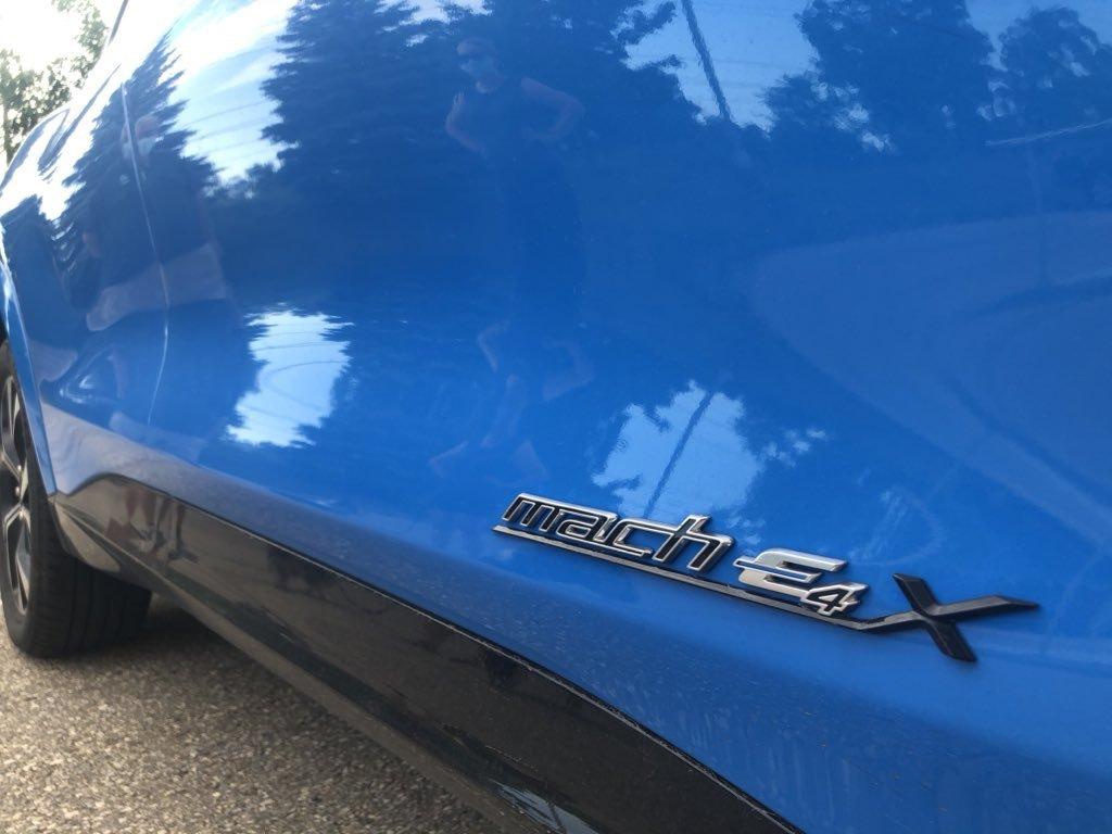 Tesla_Model_Y_Ford_Mustang_Mach-E_0000