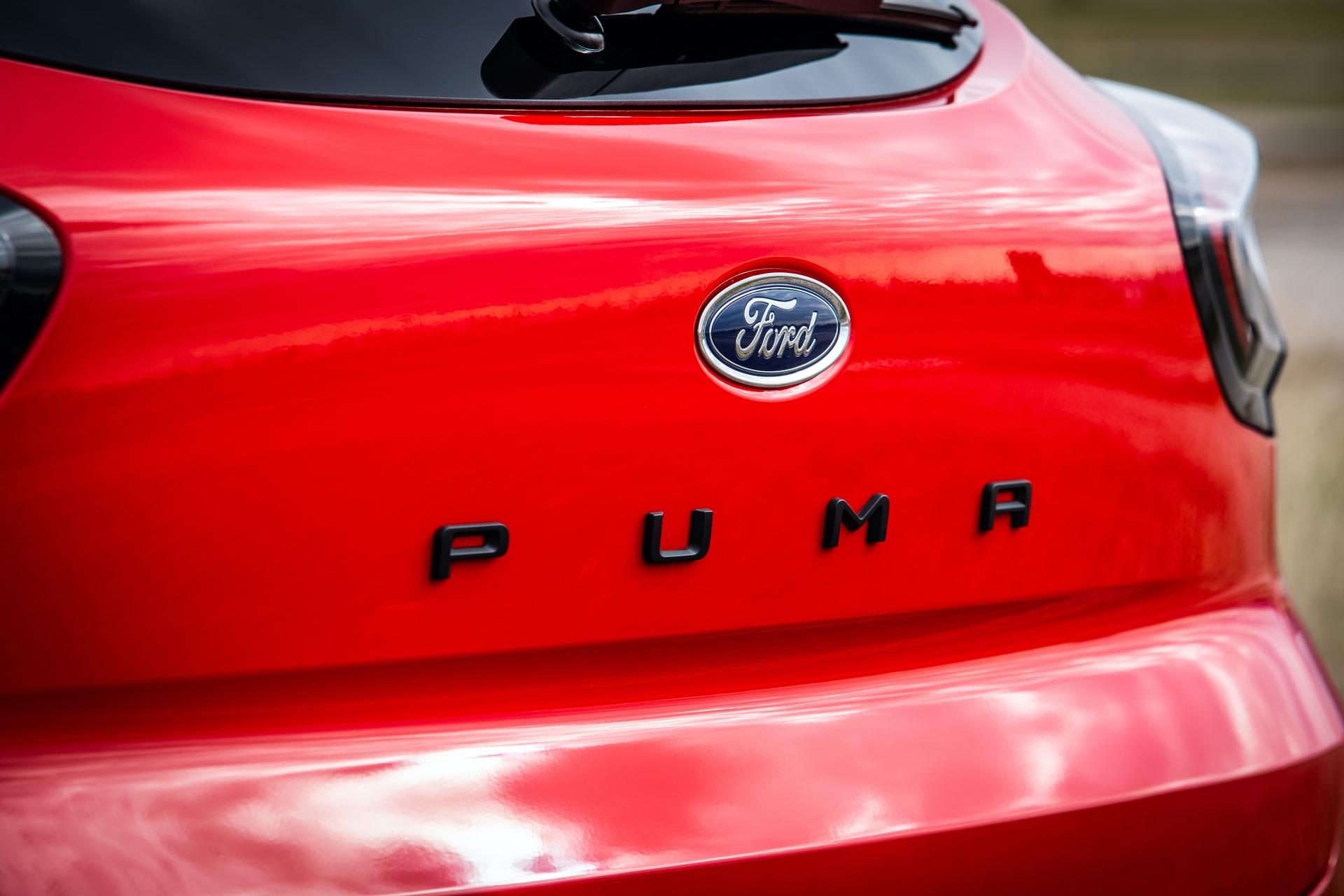 Ford_Puma_ST_line_0100